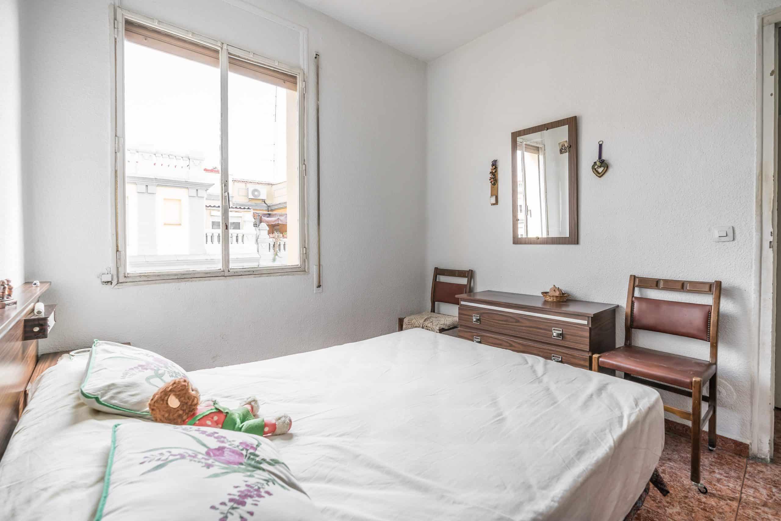 Agencia Inmobiliaria de Madrid-FUTUROCASA-Zona ARGANZUELA-EMBAJADORES-LEGAZPI -calle DOMINGO PEREZ DEL VAL -2 DORMITORIO1 (4)