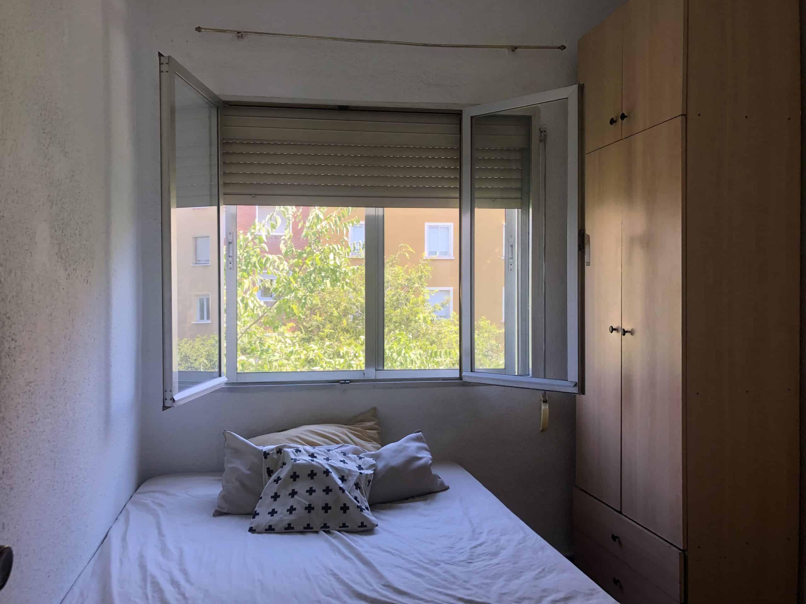 Agencia Inmobiliaria de Madrid-FUTUROCASA-Zona ARGANZUELA-EMBAJADORES-LEGAZPI -calle Embajadores- Dormitorio2