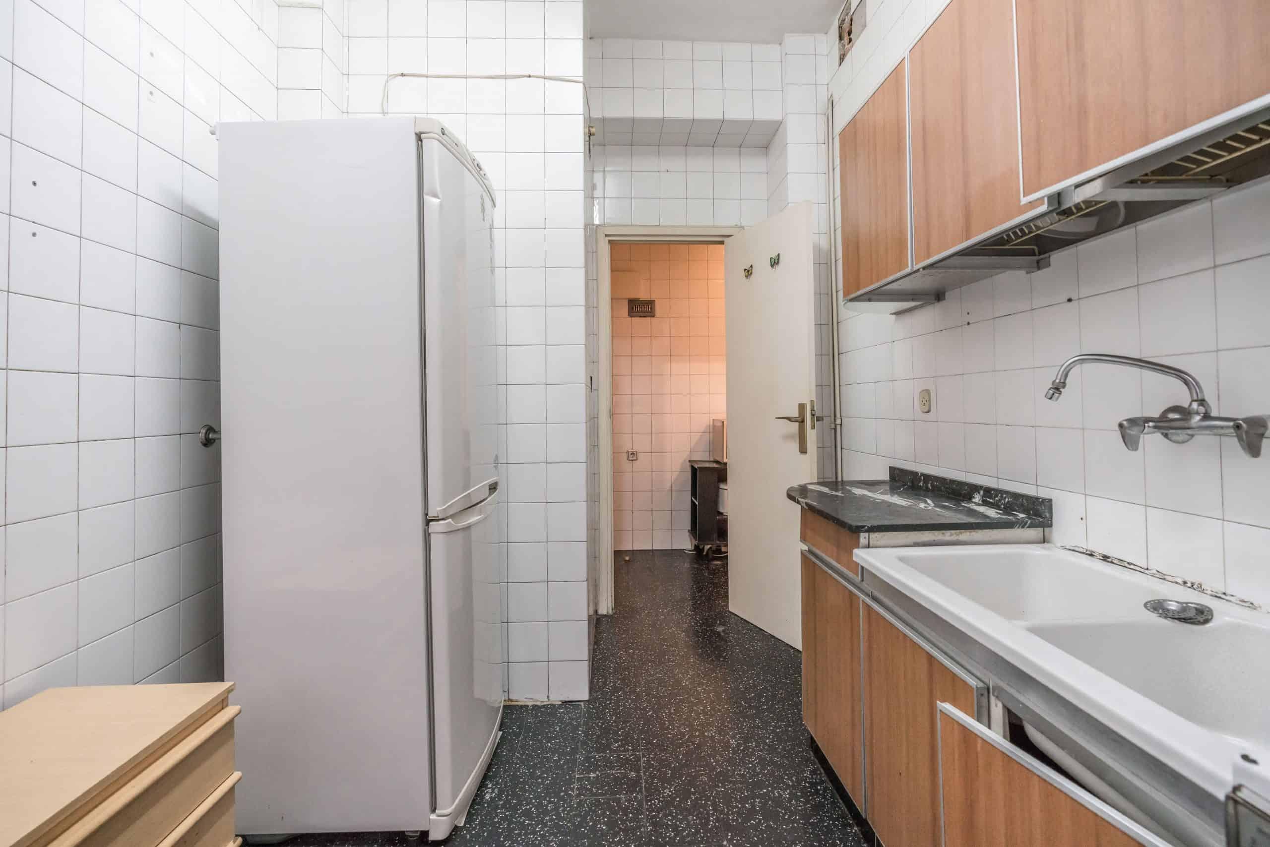 Agencia Inmobiliaria de Madrid-FUTUROCASA-Zona ARGANZUELA-EMBAJADORES-LEGAZPI -calle EMBAJADORES 108-COCINA (6)