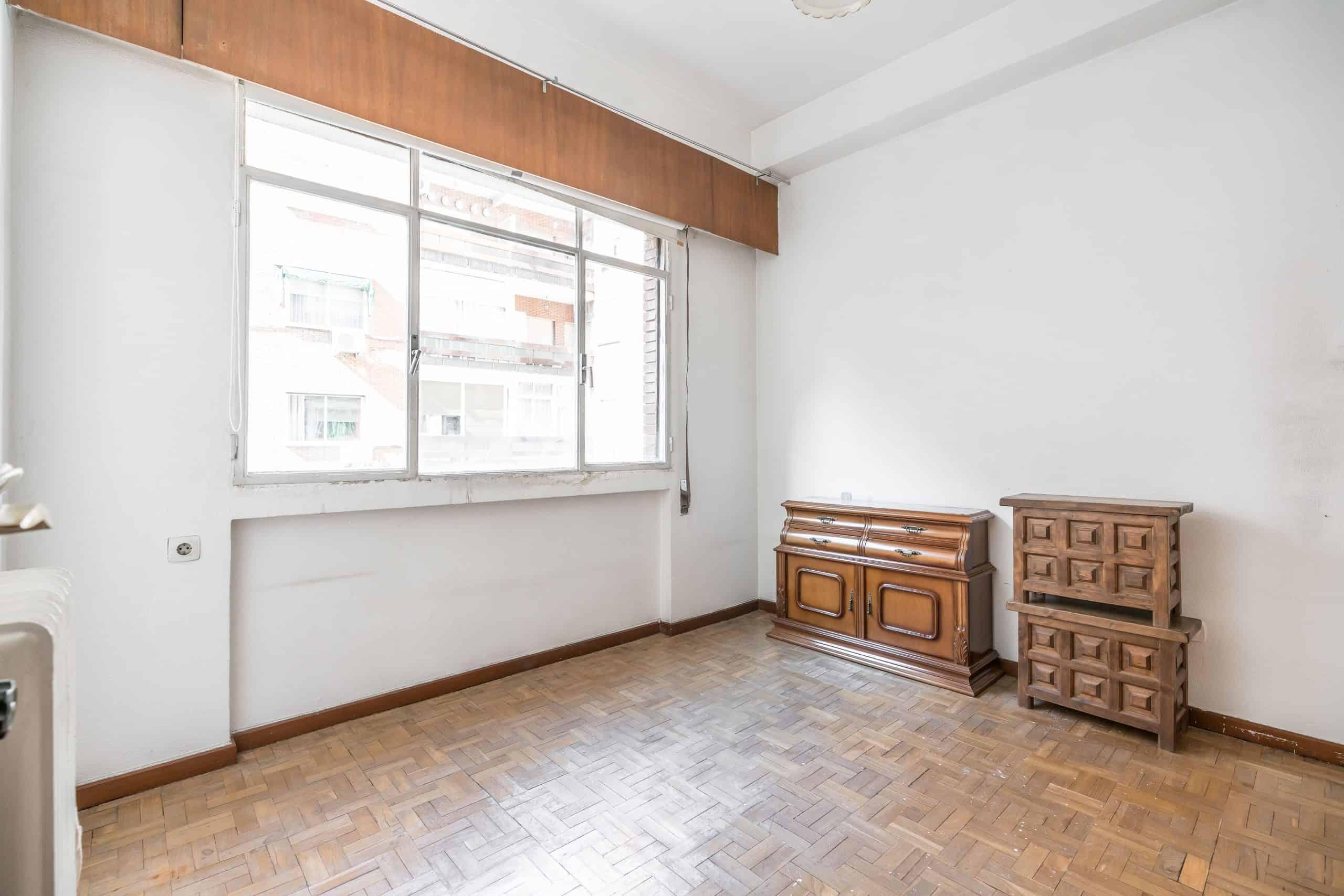 Agencia Inmobiliaria de Madrid-FUTUROCASA-Zona ARGANZUELA-EMBAJADORES-LEGAZPI -calle EMBAJADORES 108-DORMITORIO1 (1)