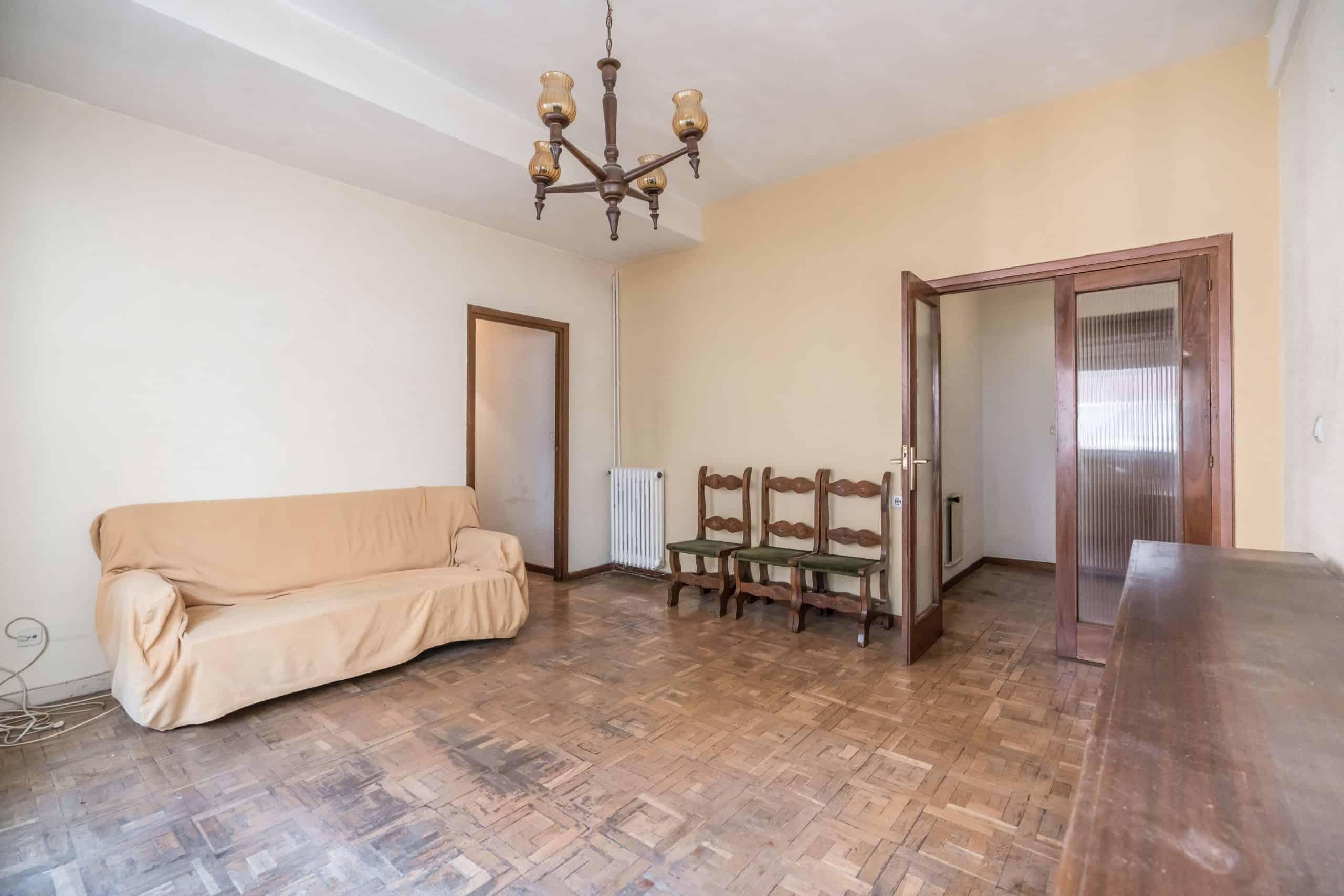 Agencia Inmobiliaria de Madrid-FUTUROCASA-Zona ARGANZUELA-EMBAJADORES-LEGAZPI -calle EMBAJADORES 108-SALON 2 SALON4