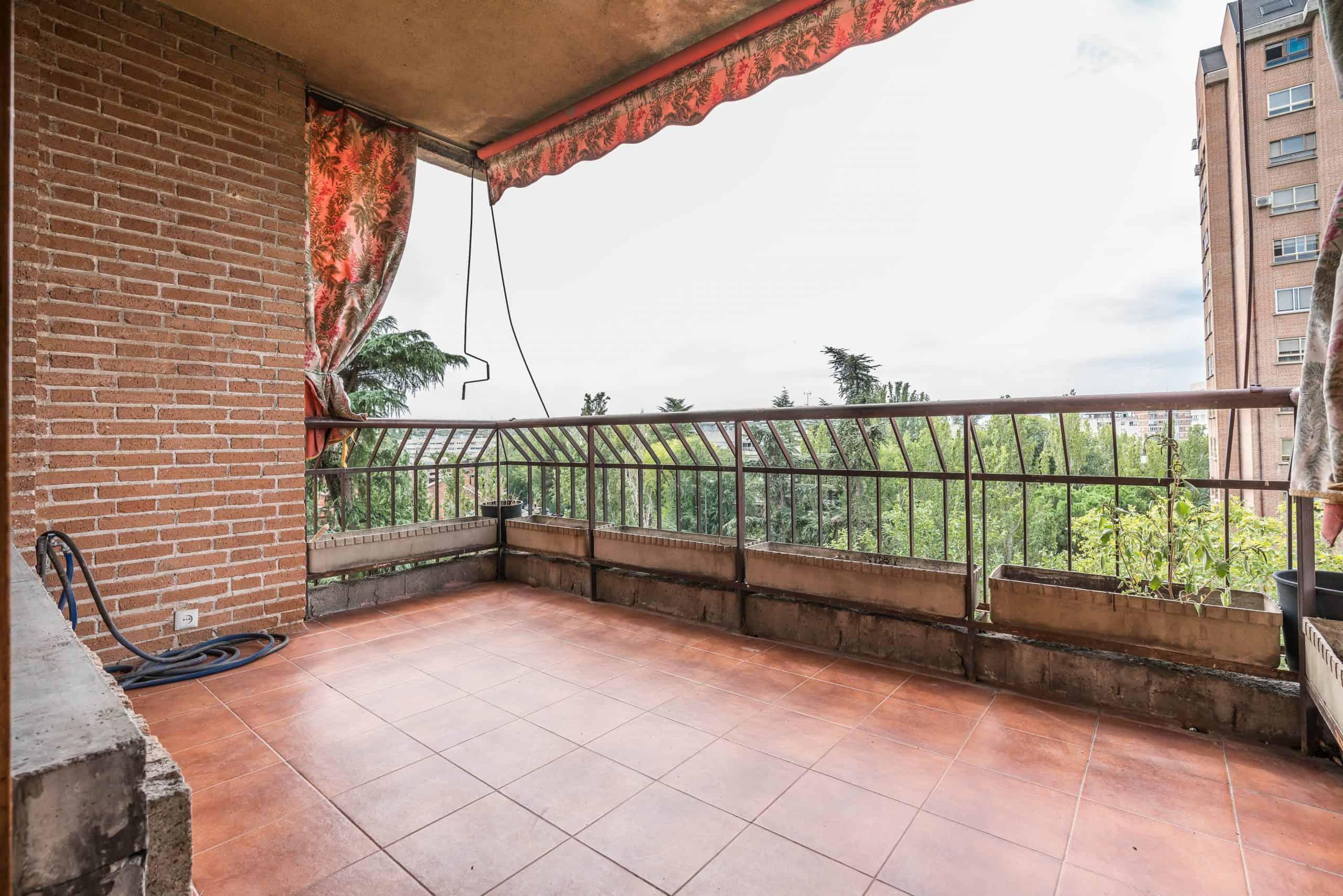 Agencia Inmobiliaria de Madrid-FUTUROCASA-Zona ARGANZUELA-EMBAJADORES-LEGAZPI -calle Embajadores- baño 10