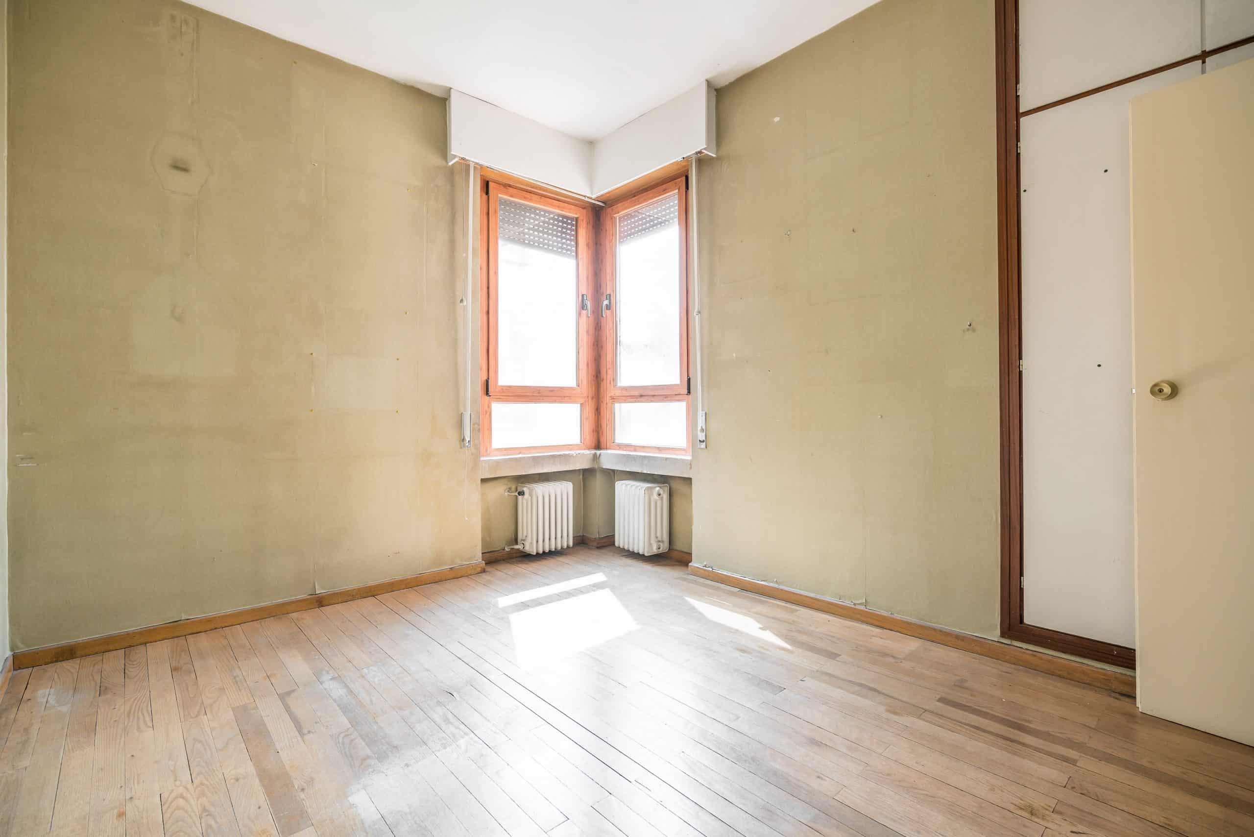 Agencia Inmobiliaria de Madrid-FUTUROCASA-Zona ARGANZUELA-EMBAJADORES-LEGAZPI -calle Embajadores- baño 138