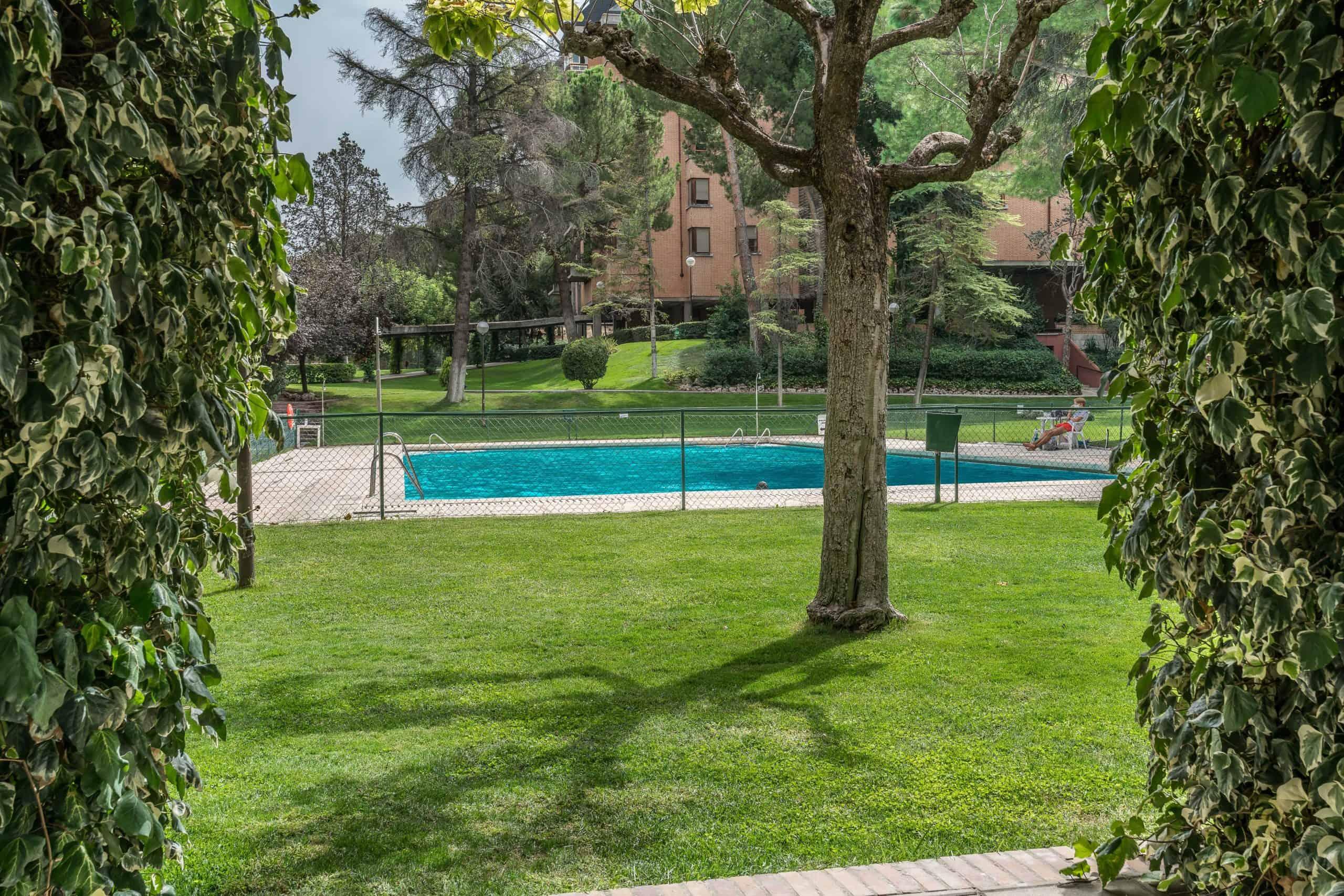 Agencia Inmobiliaria de Madrid-FUTUROCASA-Zona ARGANZUELA-EMBAJADORES-LEGAZPI -calle Embajadores- baño 172