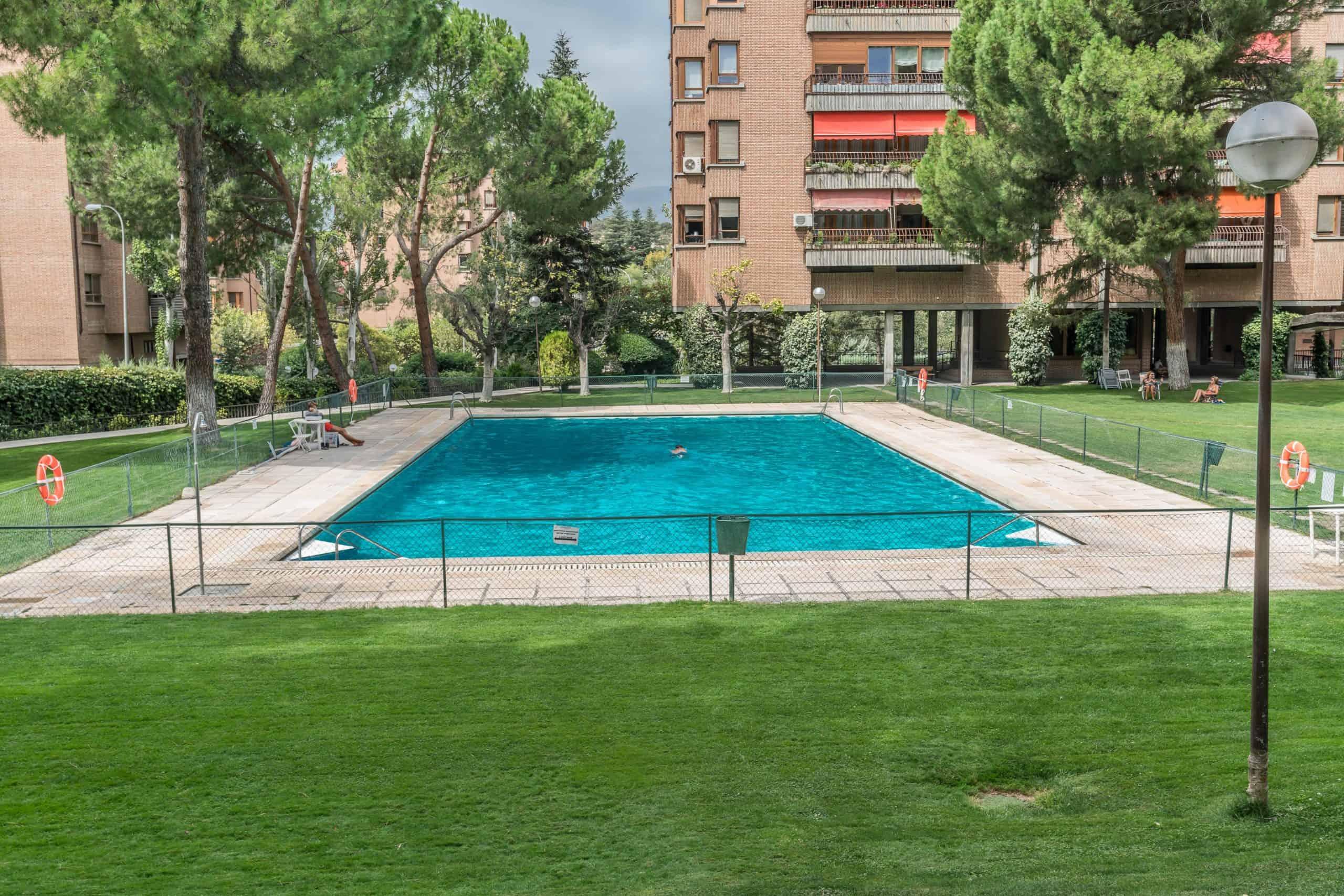 Agencia Inmobiliaria de Madrid-FUTUROCASA-Zona ARGANZUELA-EMBAJADORES-LEGAZPI -calle Embajadores- baño 173