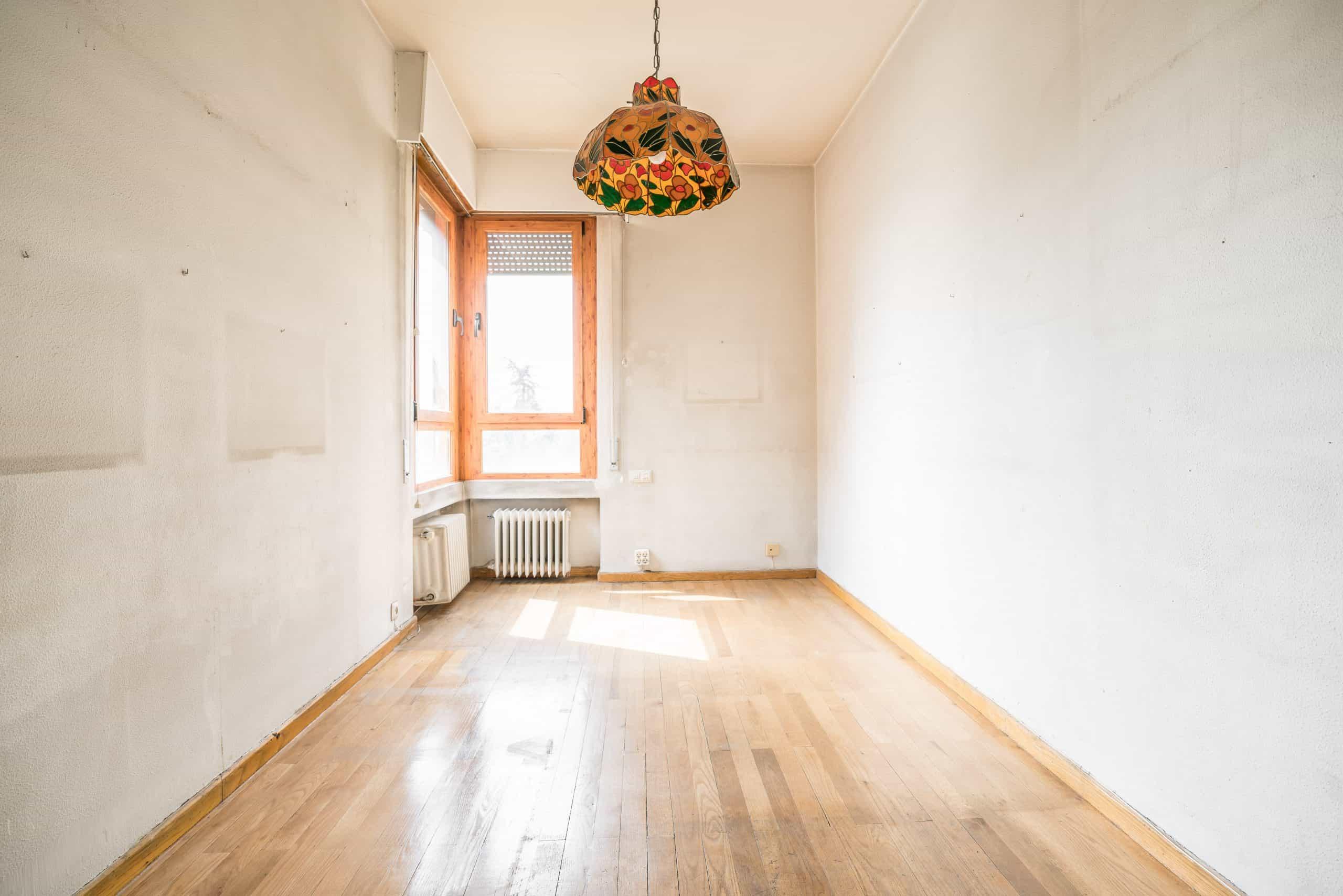 Agencia Inmobiliaria de Madrid-FUTUROCASA-Zona ARGANZUELA-EMBAJADORES-LEGAZPI -calle Embajadores- baño 23