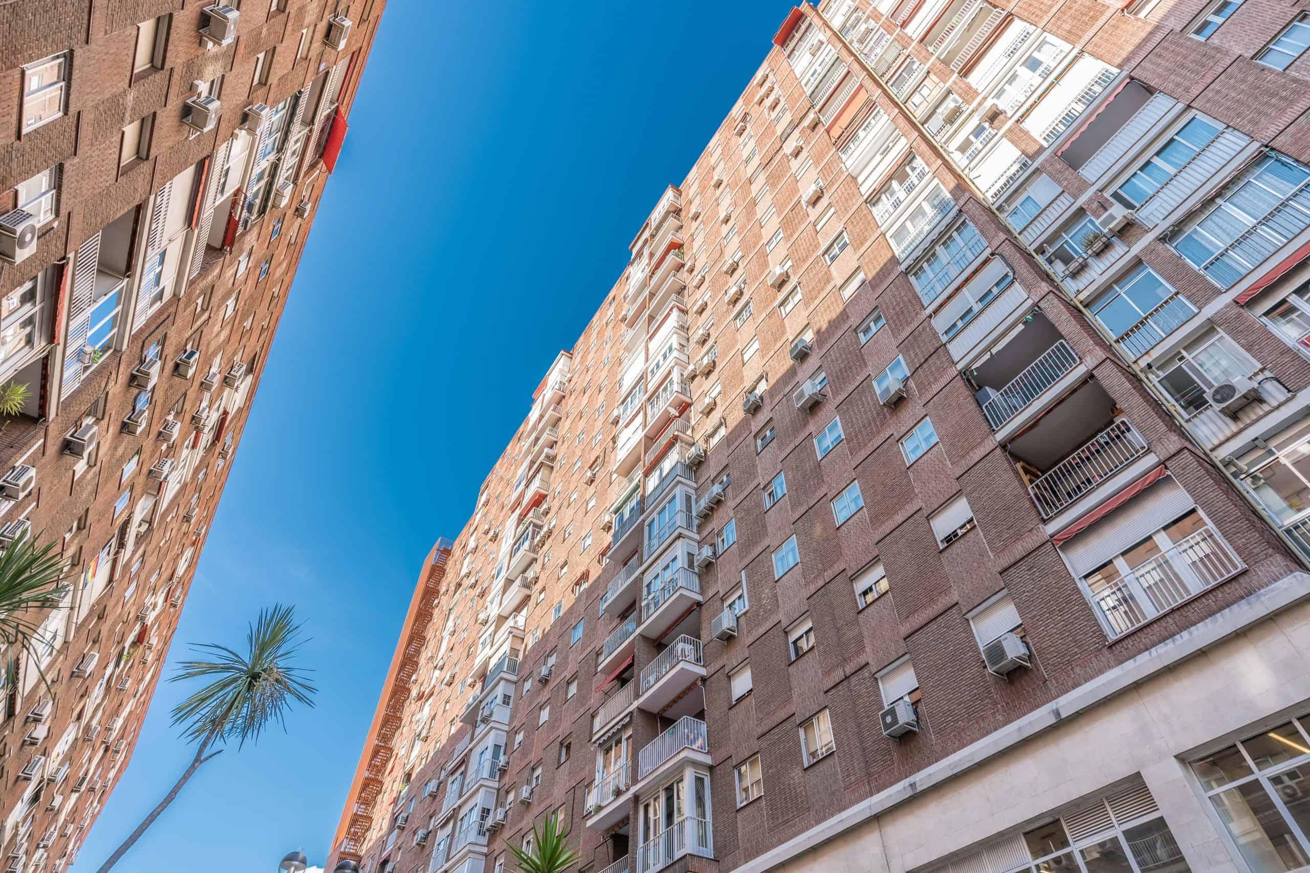 Agencia Inmobiliaria de Madrid-FUTUROCASA-Zona ARGANZUELA-EMBAJADORES-LEGAZPI -calle Santa María de la Cabeza-0FACHADA (1)