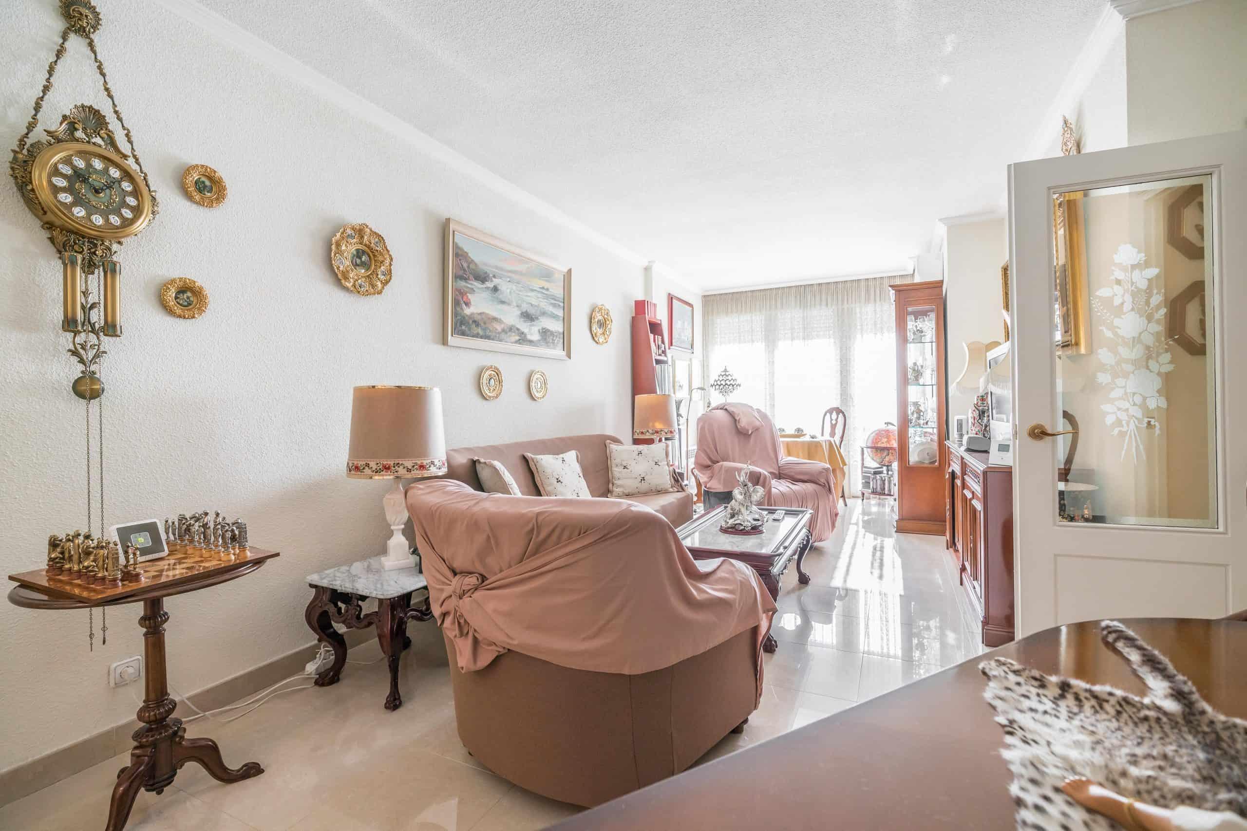 Agencia Inmobiliaria de Madrid-FUTUROCASA-Zona ARGANZUELA-EMBAJADORES-LEGAZPI -calle Santa María de la Cabeza1 SALON (13)