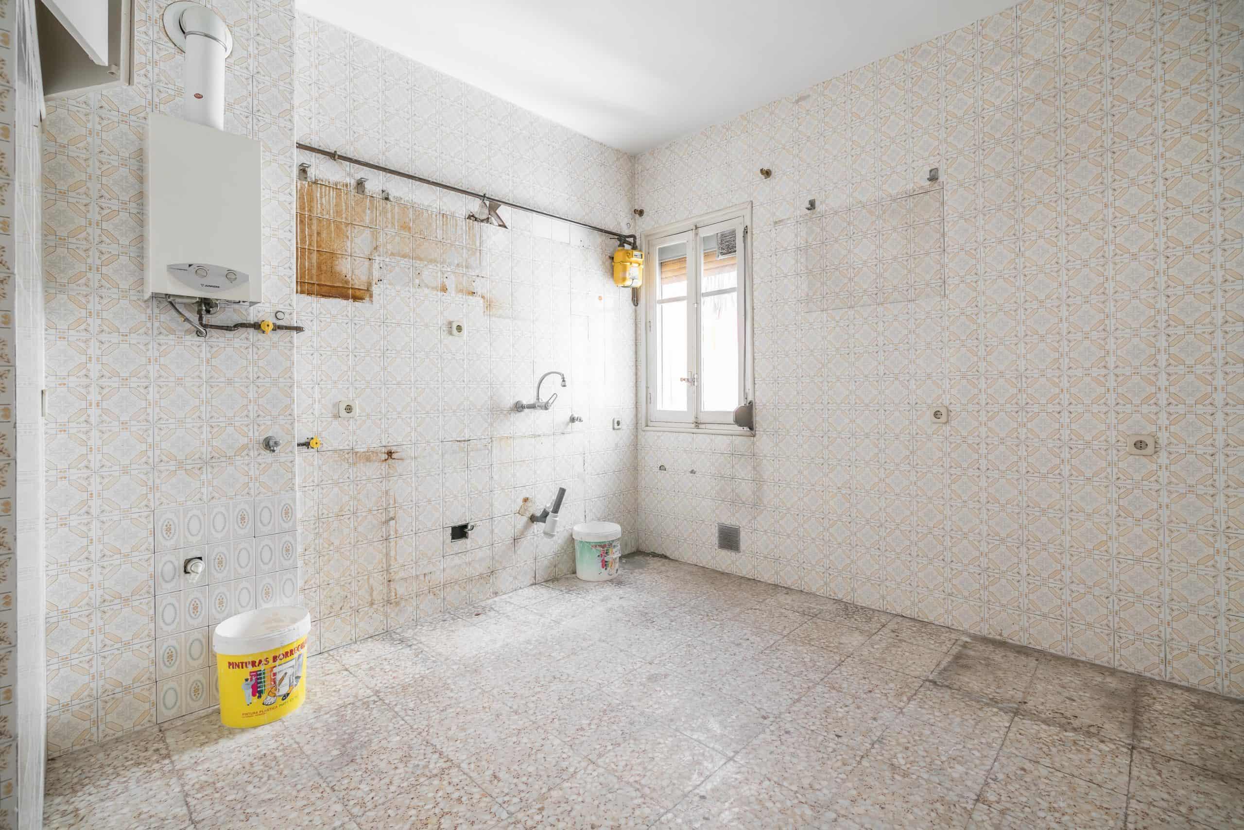 Agencia Inmobiliaria de Madrid-FUTUROCASA-Zona ARGANZUELA-EMBAJADORES-LEGAZPI -calle ALEJANDRO FERRANT -COCINA