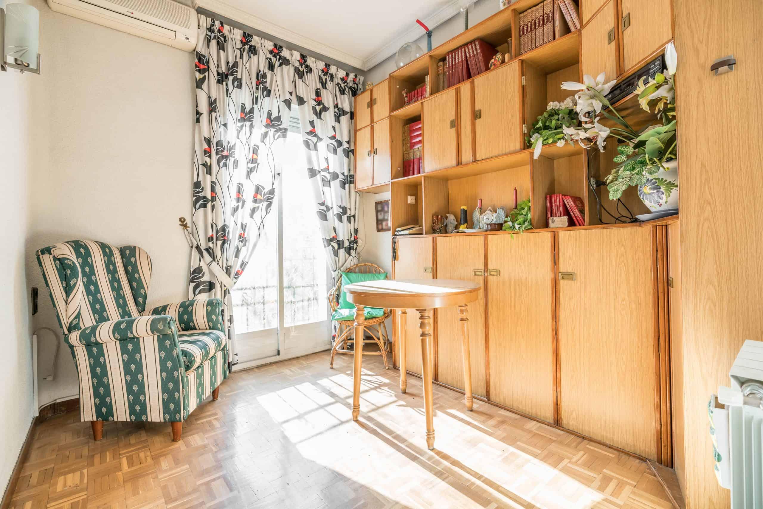 Agencia Inmobiliaria de Madrid-FUTUROCASA-Zona ARGANZUELA-EMBAJADORES-LEGAZPI -calle Guillermo de Osma 1 SALON (1) (Copy)