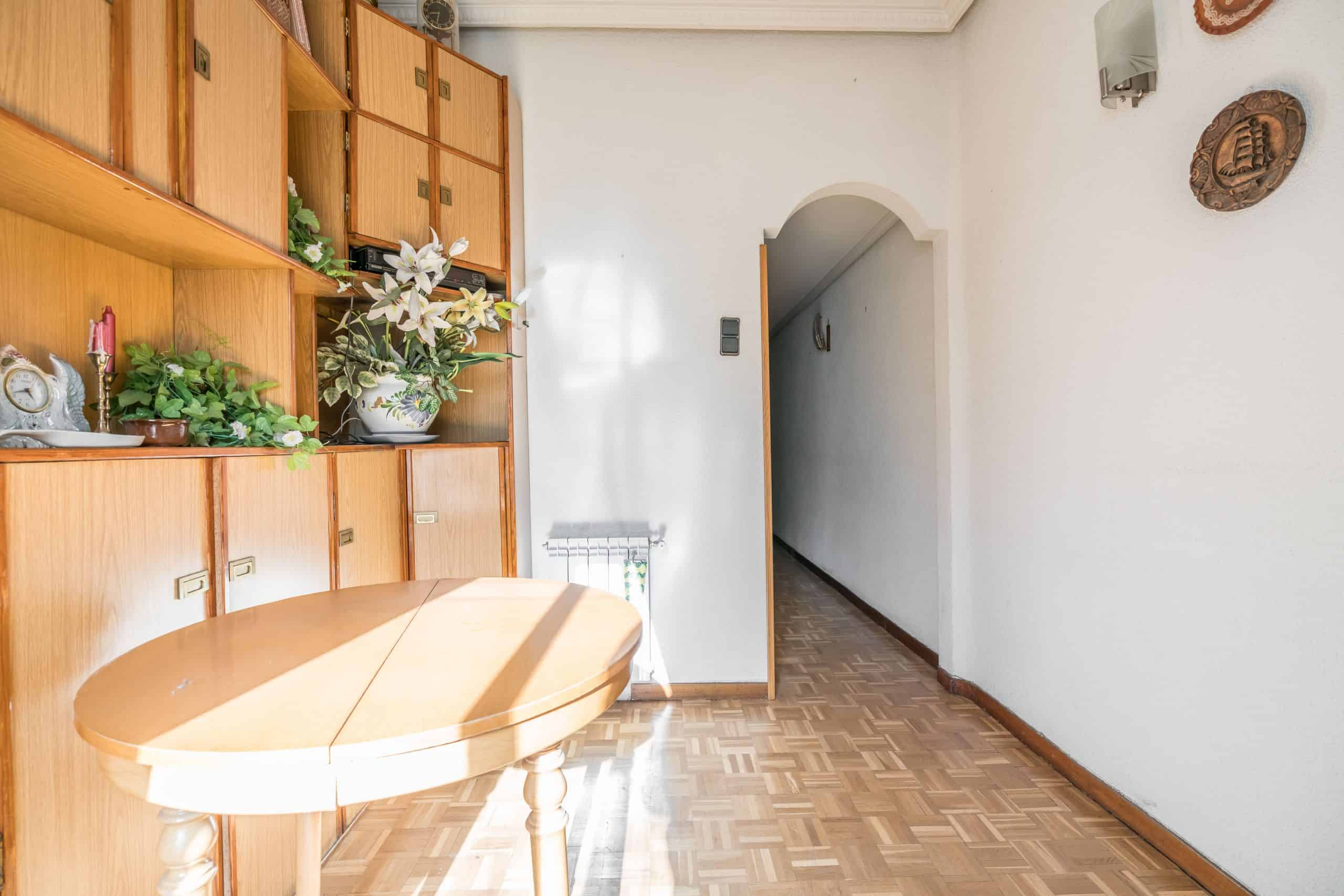 Agencia Inmobiliaria de Madrid-FUTUROCASA-Zona ARGANZUELA-EMBAJADORES-LEGAZPI -calle Guillermo de Osma 1 SALON (6) (Copy)