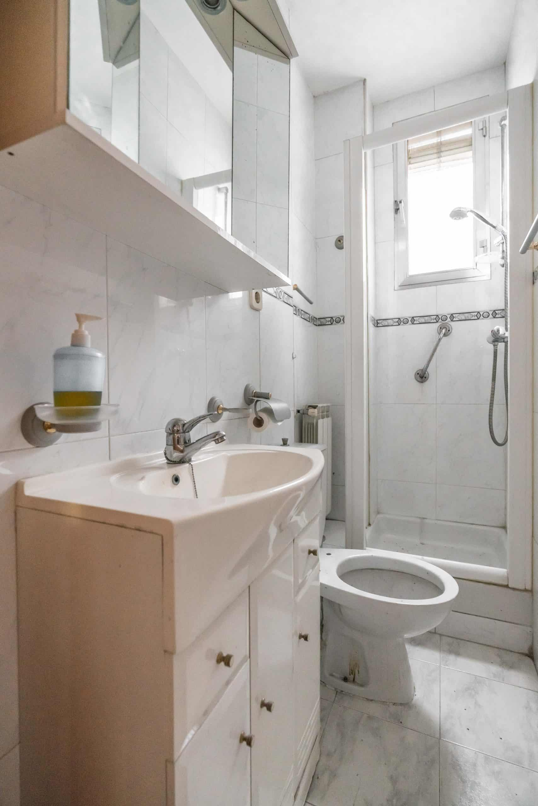 Agencia Inmobiliaria de Madrid-FUTUROCASA-Zona ARGANZUELA-EMBAJADORES-LEGAZPI -calle Guillermo de Osma 3 BAÑO (1) (Copy)
