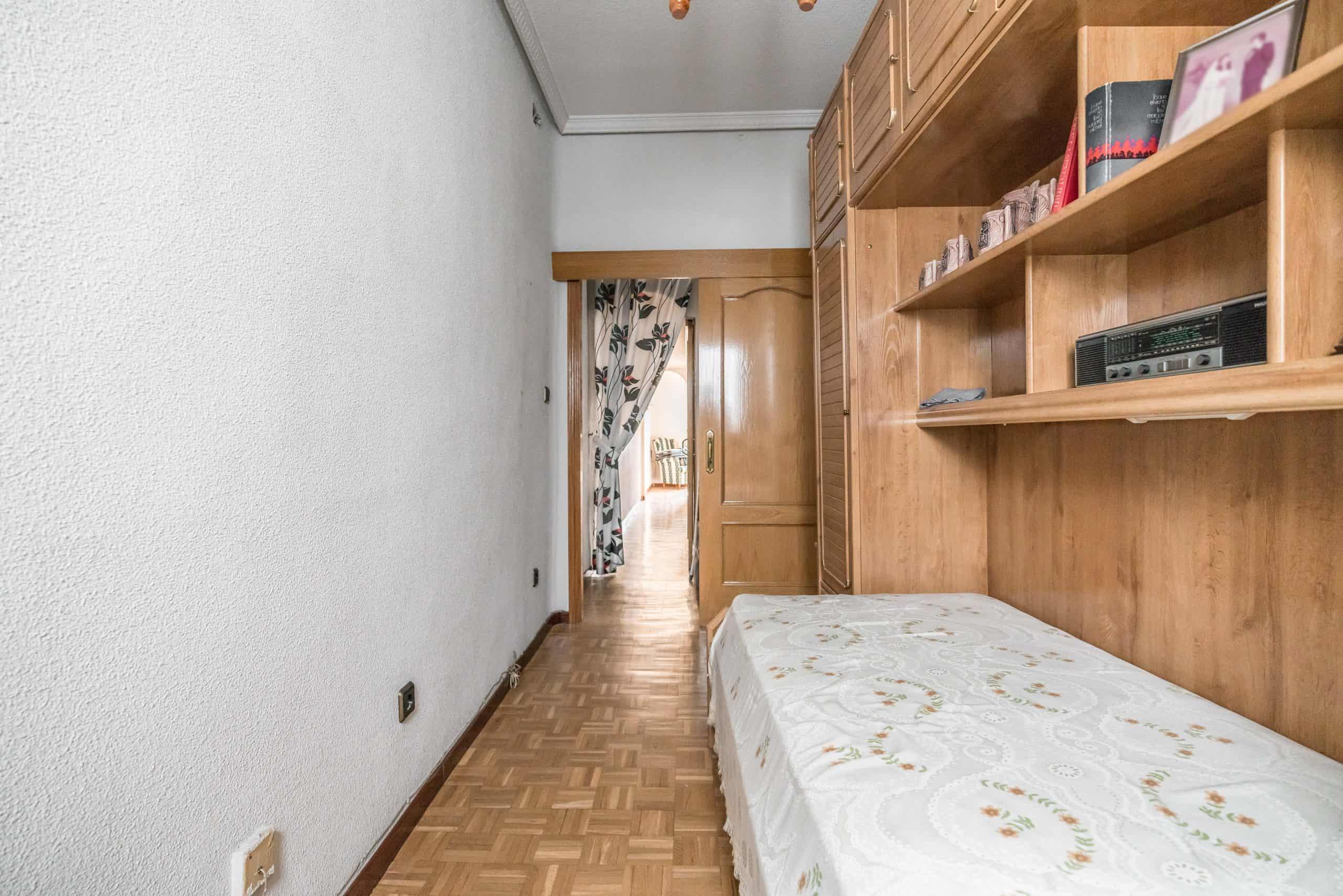 Agencia Inmobiliaria de Madrid-FUTUROCASA-Zona ARGANZUELA-EMBAJADORES-LEGAZPI -calle Guillermo de Osma 4 DORMITORIO2 (6) (Copy)