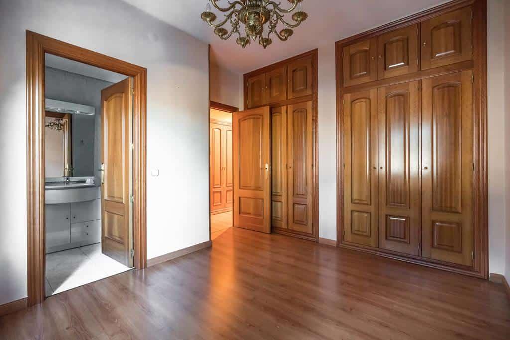 Agencia Inmobiliaria de Madrid-FUTUROCASA-Zona ARGANZUELA-EMBAJADORES-LEGAZPI4 DORMITORIO2 (4)