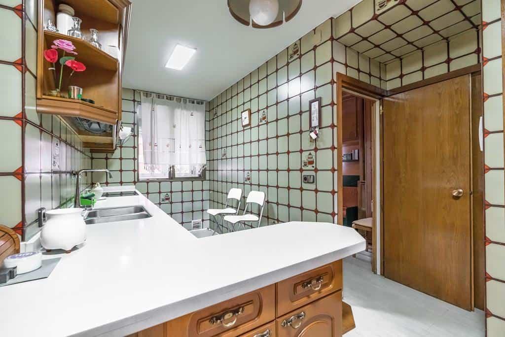 Agencia Inmobiliaria de Madrid-FUTUROCASA-Zona ARGANZUELA-EMBAJADORES-LEGAZPI7 COCINA (3)