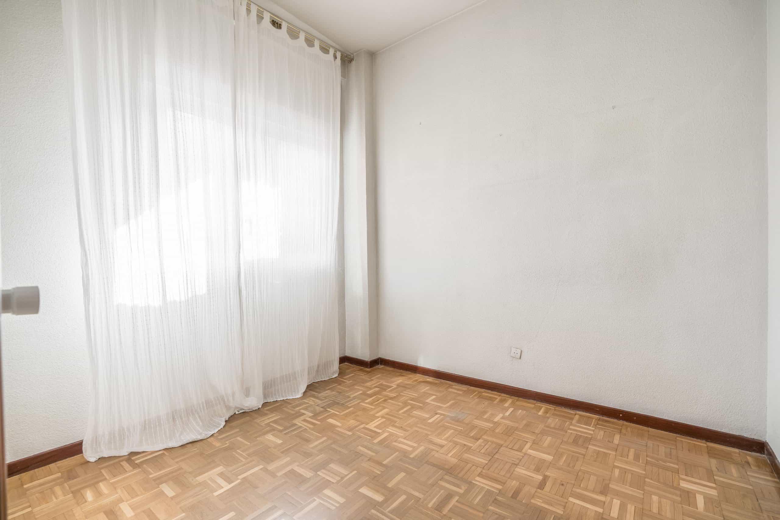 Agencia Inmobiliaria de Madrid-FUTUROCASA-Zona ARGANZUELA-LEGAZPI -calle Jaime Conquistador 48- 2do Dormitorio 1