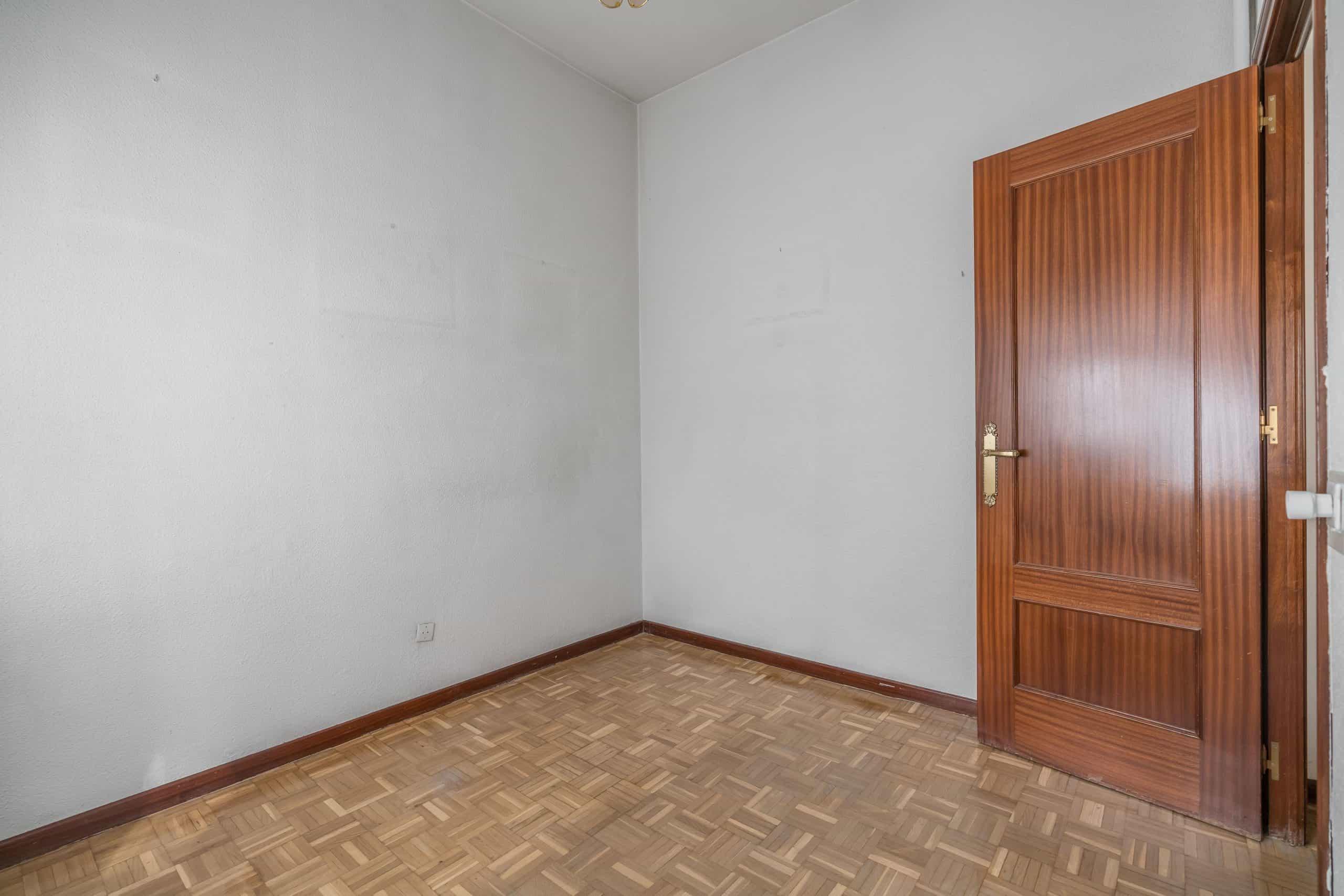 Agencia Inmobiliaria de Madrid-FUTUROCASA-Zona ARGANZUELA-LEGAZPI -calle Jaime Conquistador 48- 2do Dormitorio 3