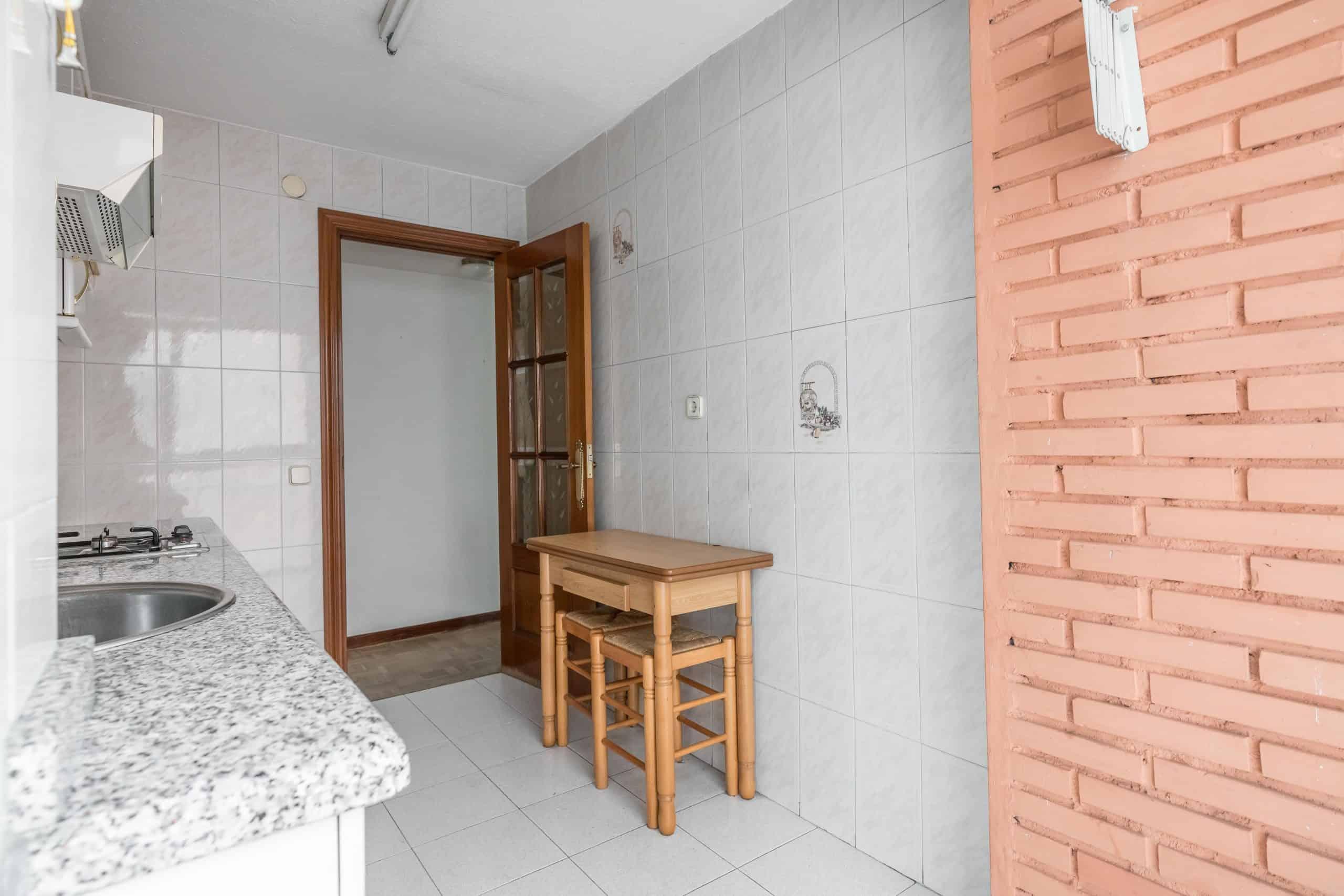 Agencia Inmobiliaria de Madrid-FUTUROCASA-Zona ARGANZUELA-LEGAZPI -calle Jaime Conquistador 48- Cocina 6