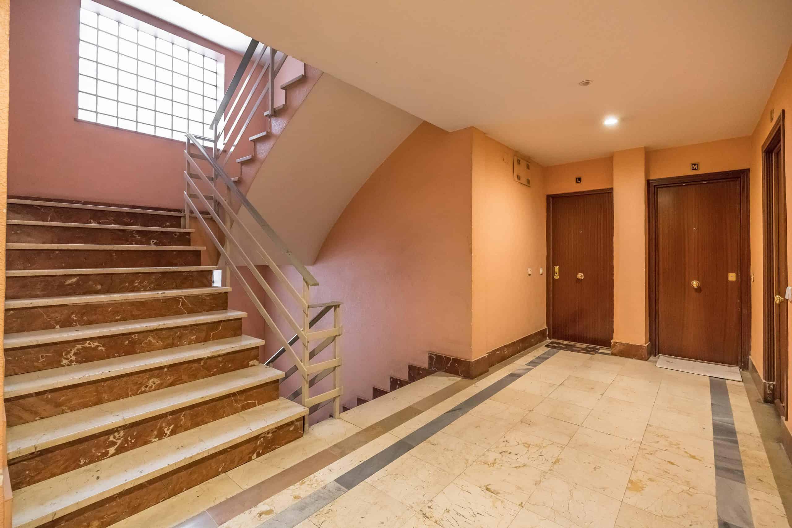 Agencia Inmobiliaria de Madrid-FUTUROCASA-Zona ARGANZUELA-LEGAZPI -calle Jaime Conquistador 48- Zonas Comunes 1