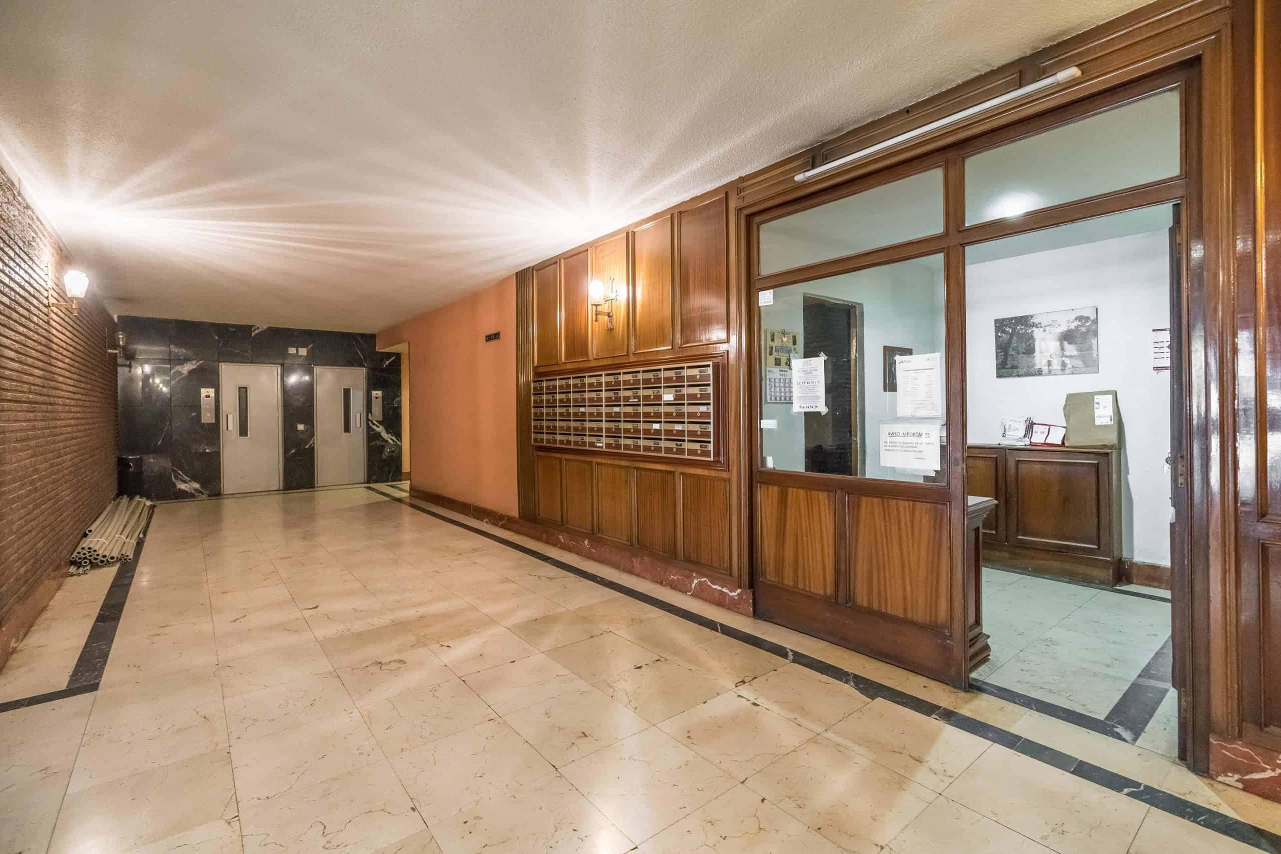 Agencia Inmobiliaria de Madrid-FUTUROCASA-Zona ARGANZUELA-LEGAZPI -calle Jaime Conquistador 48- Zonas Comunes 2