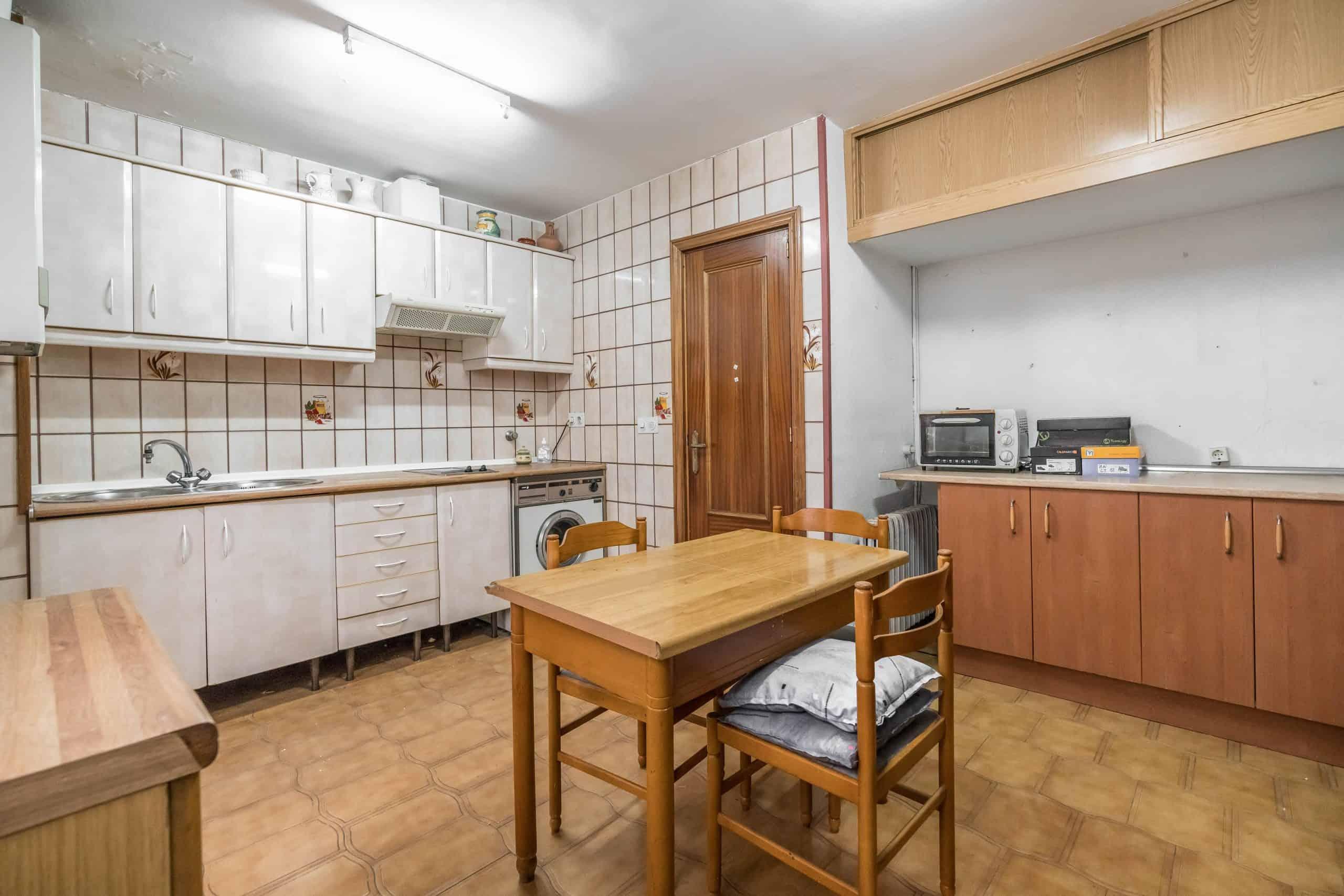 Agencia Inmobiliaria de Madrid-FUTUROCASA-Zona ARGANZUELA-LEGAZPI -calle Jaime Conquistador 27- Cocina 3