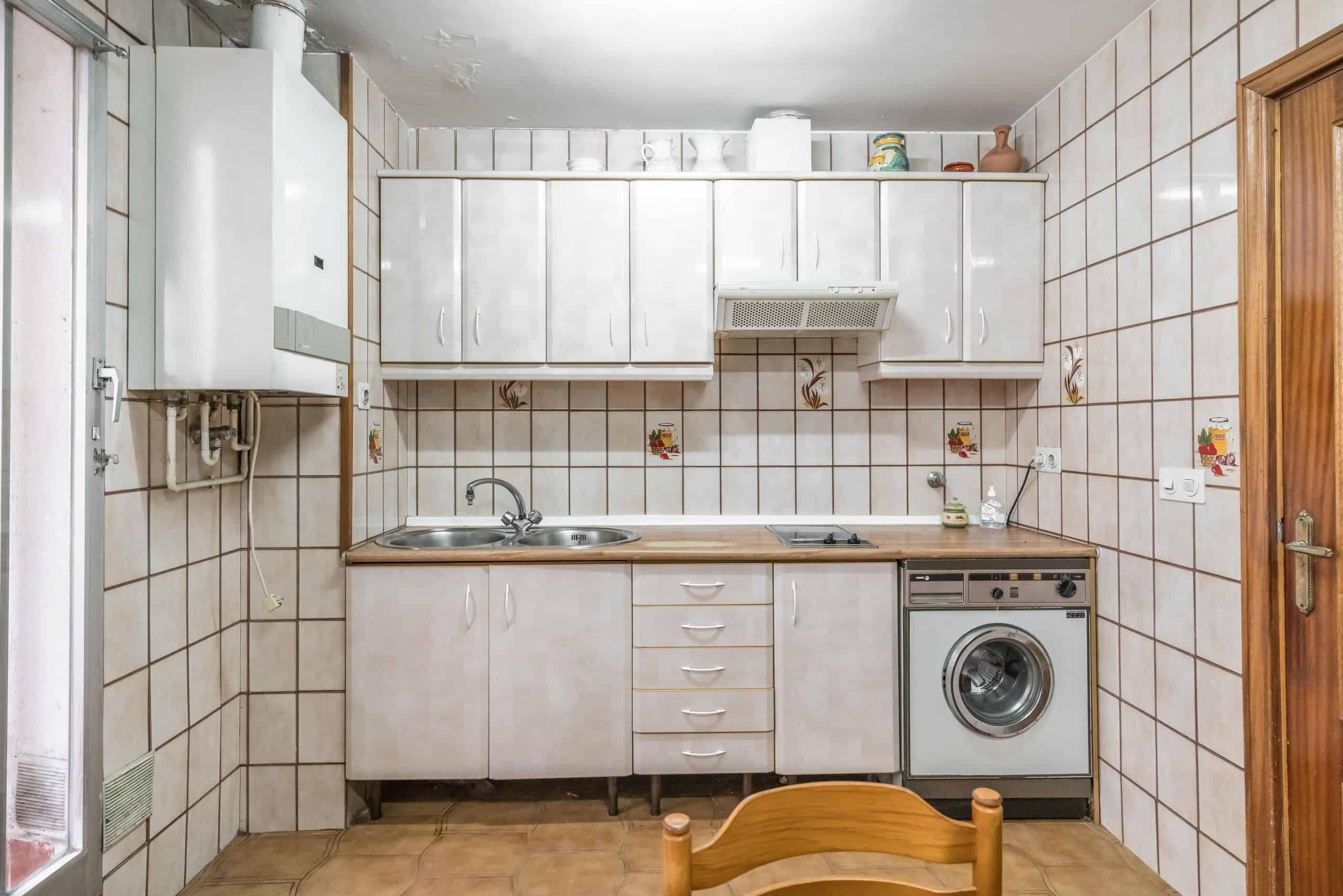 Agencia Inmobiliaria de Madrid-FUTUROCASA-Zona ARGANZUELA-LEGAZPI -calle Jaime Conquistador 27- Cocina 5