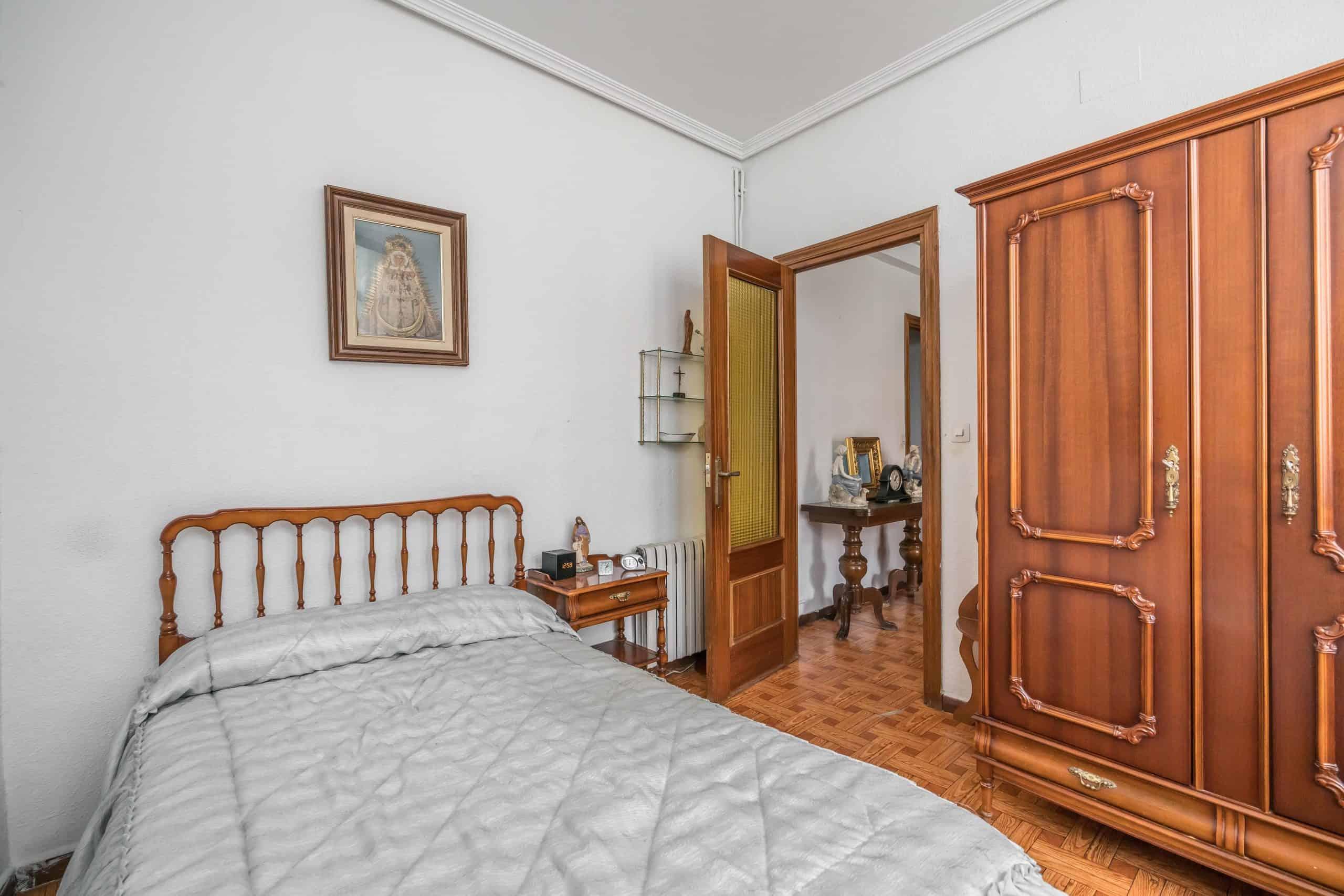 Agencia Inmobiliaria de Madrid-FUTUROCASA-Zona ARGANZUELA-LEGAZPI -calle Jaime Conquistador 27- Habitación 4