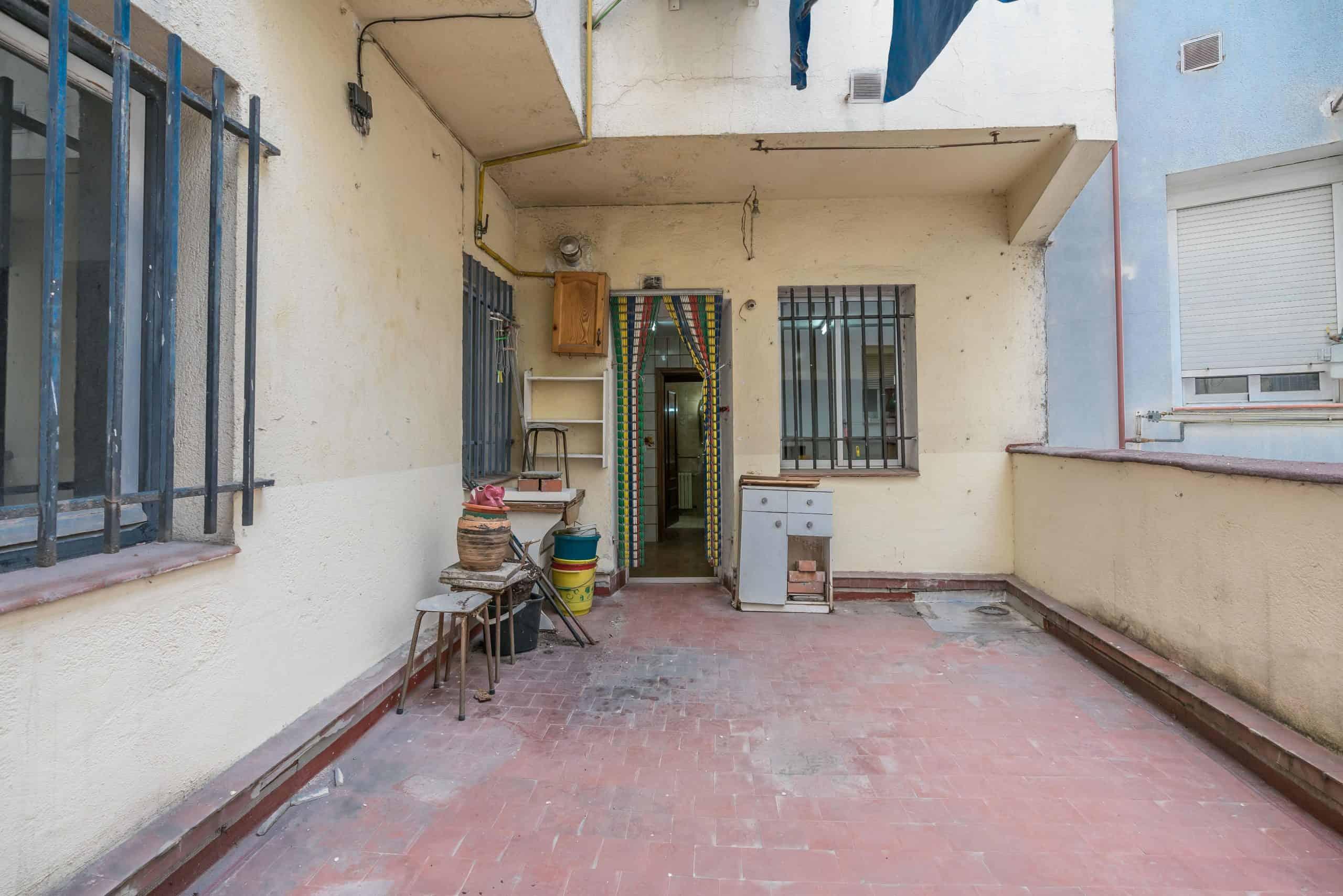 Agencia Inmobiliaria de Madrid-FUTUROCASA-Zona ARGANZUELA-LEGAZPI -calle Jaime Conquistador 27- Patio 5
