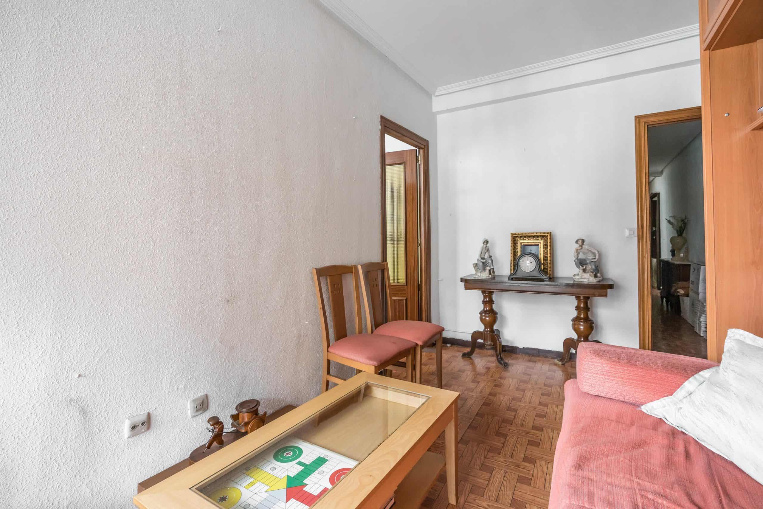 Agencia Inmobiliaria de Madrid-FUTUROCASA-Zona ARGANZUELA-LEGAZPI -calle Jaime Conquistador 27- Salón 4