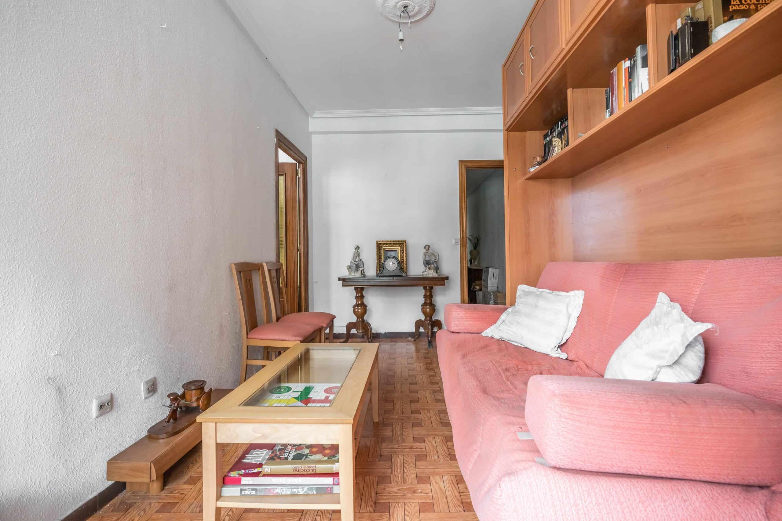 Agencia Inmobiliaria de Madrid-FUTUROCASA-Zona ARGANZUELA-LEGAZPI -calle Jaime Conquistador 27- Salón 6