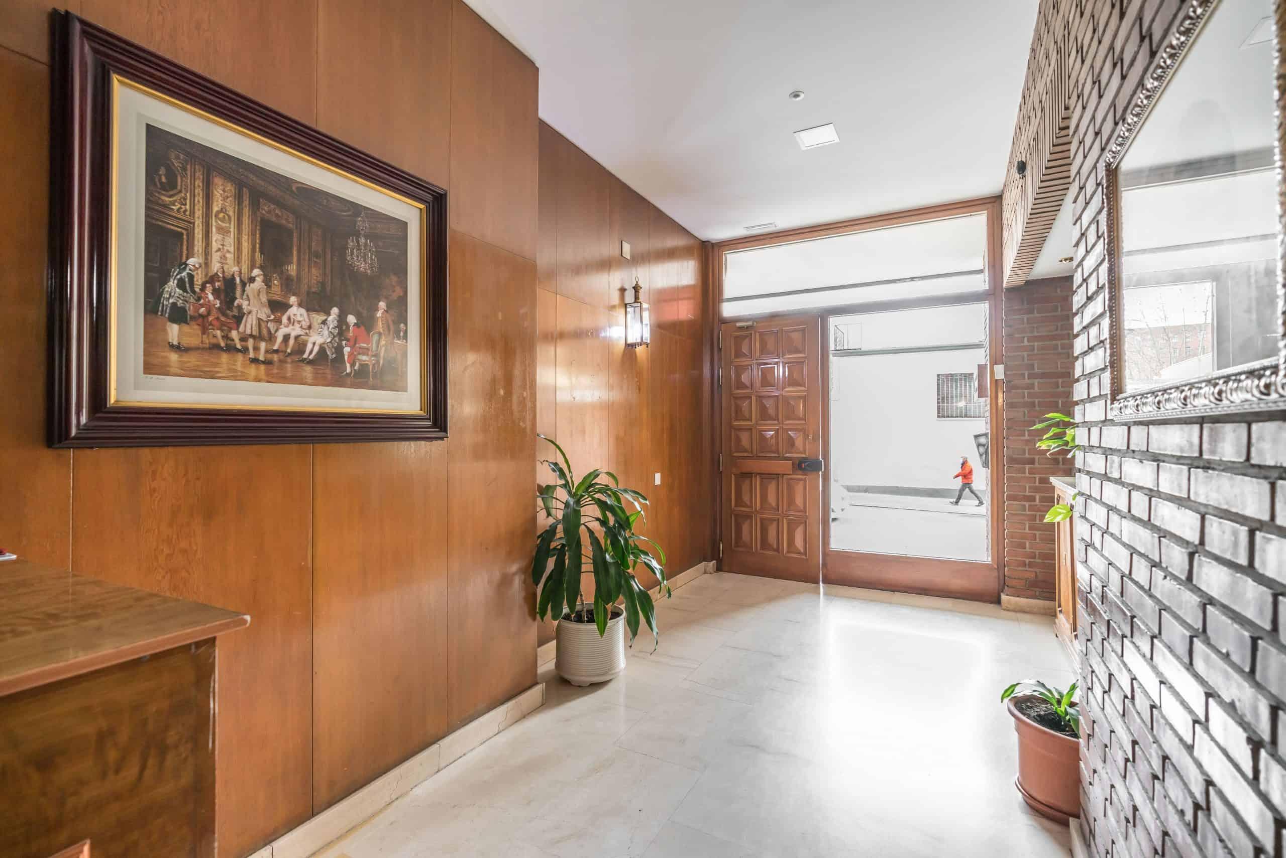 Agencia Inmobiliaria de Madrid-FUTUROCASA-Zona ARGANZUELA-LEGAZPI -calle Modesto Lafuente 41,1ºC Zonas comunes 1