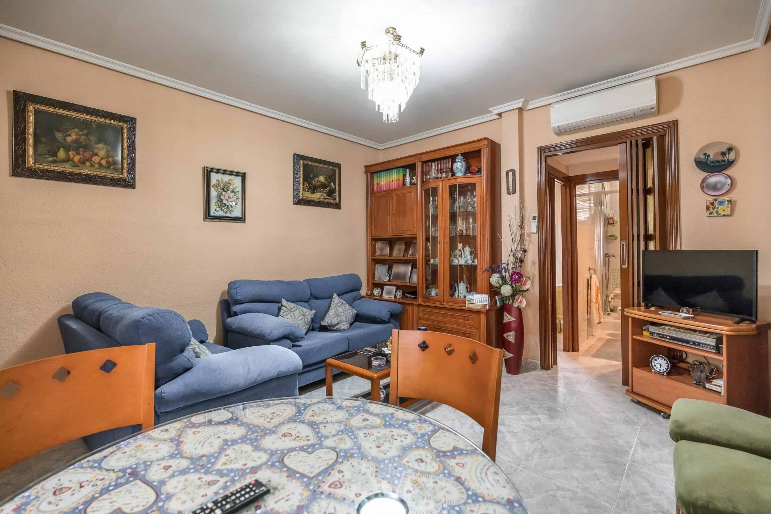 Agencia Inmobiliaria de Madrid-FUTUROCASA-Zona ARGANZUELA-EMBAJADORES-LEGAZPI1 SALON (8)