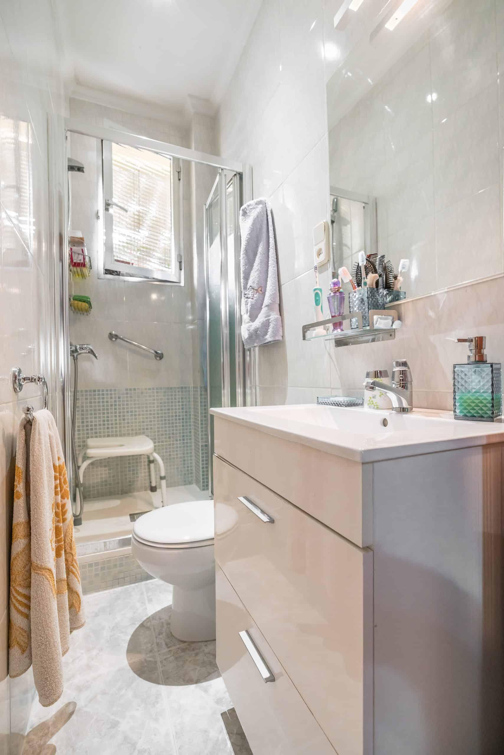 Agencia Inmobiliaria de Madrid-FUTUROCASA-Zona ARGANZUELA-EMBAJADORES-LEGAZPI3 BAÑO1 (6)