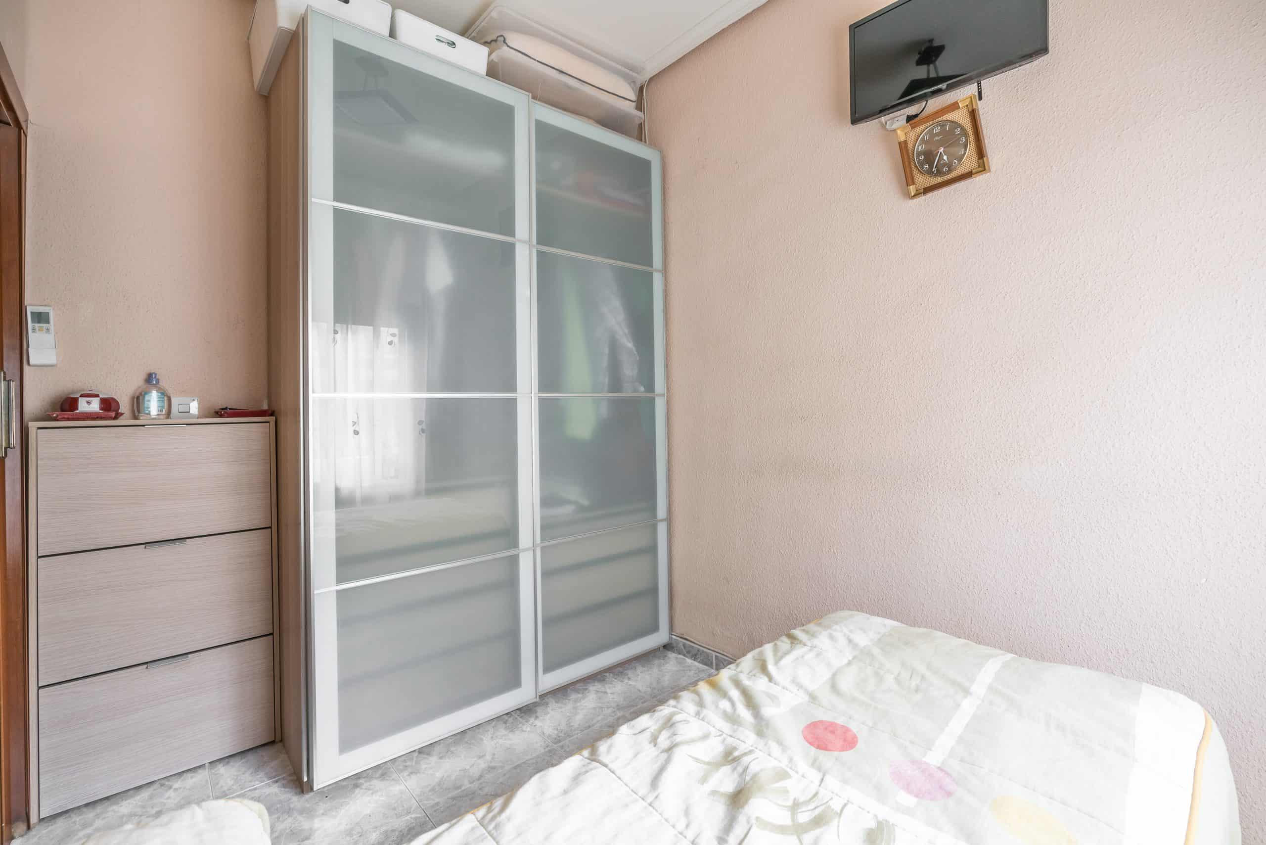 Agencia Inmobiliaria de Madrid-FUTUROCASA-Zona ARGANZUELA-EMBAJADORES-LEGAZPI4 DORMITORIO2 (6)