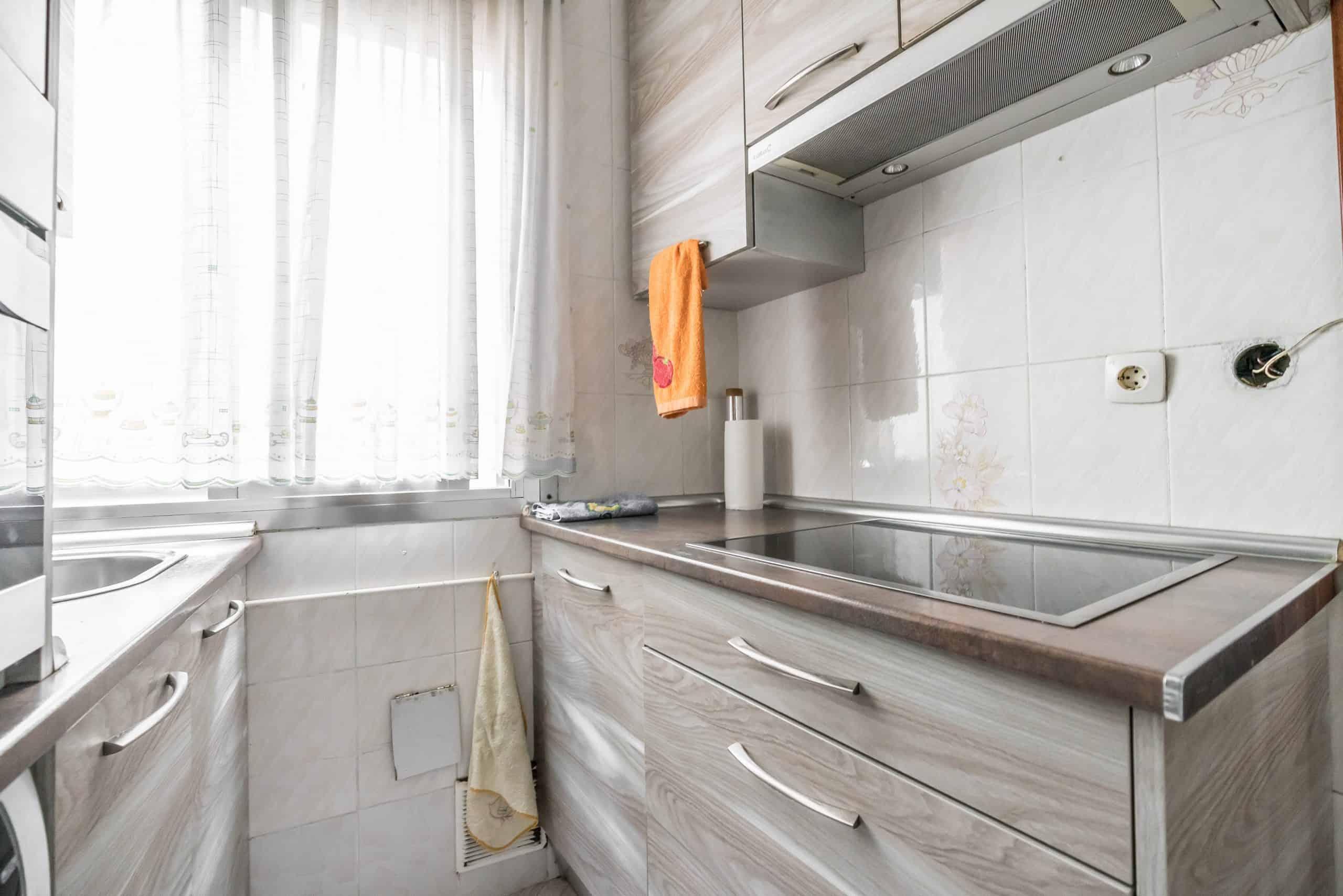 Agencia Inmobiliaria de Madrid-FUTUROCASA-Zona ARGANZUELA-EMBAJADORES-LEGAZPI5 COCINA (6)