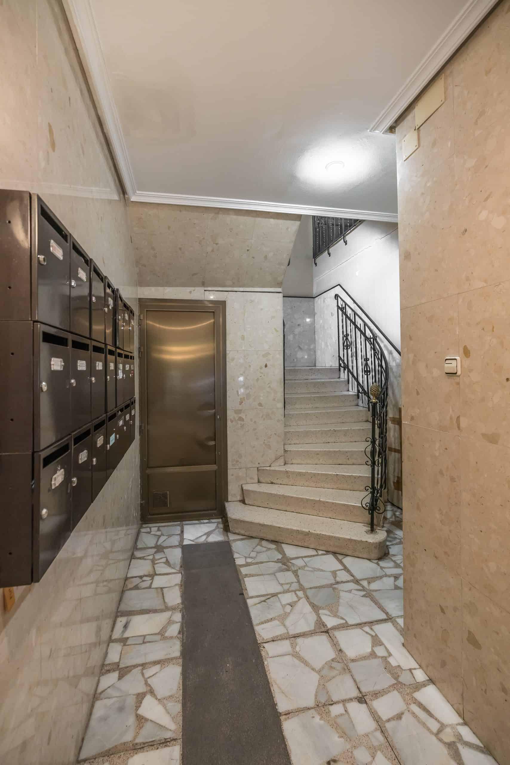 Agencia Inmobiliaria de Madrid-FUTUROCASA-Zona ARGANZUELA-EMBAJADORES-LEGAZPI8 ZONAS COMUNES (4)