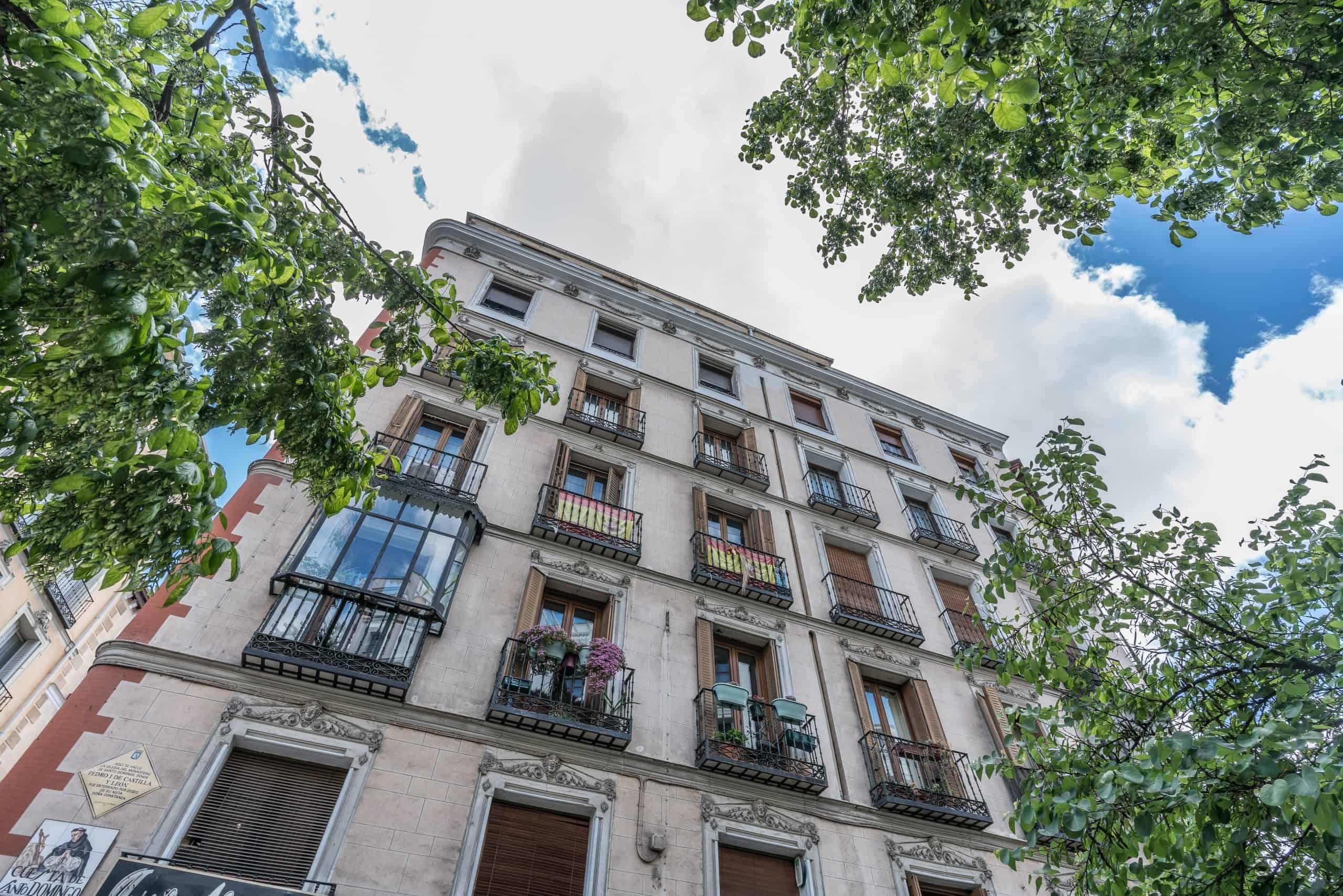 0 FACHADA (1) (Copy) Agencia Inmobiliaria de Madrid-FUTUROCASA-Zona ARGANZUELA-