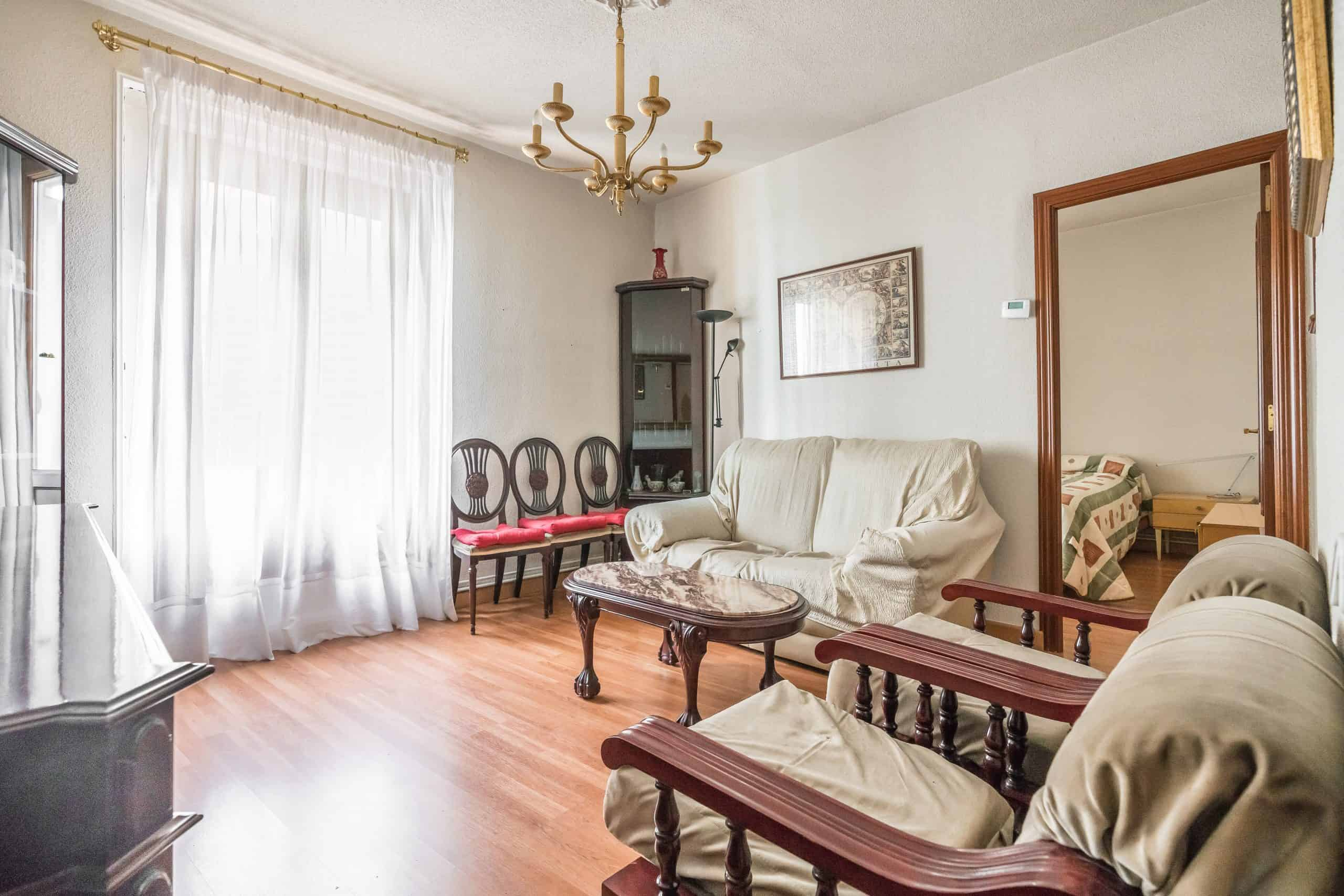 1 SALON (2) (Copy) Agencia Inmobiliaria de Madrid-FUTUROCASA-Zona ARGANZUELA-