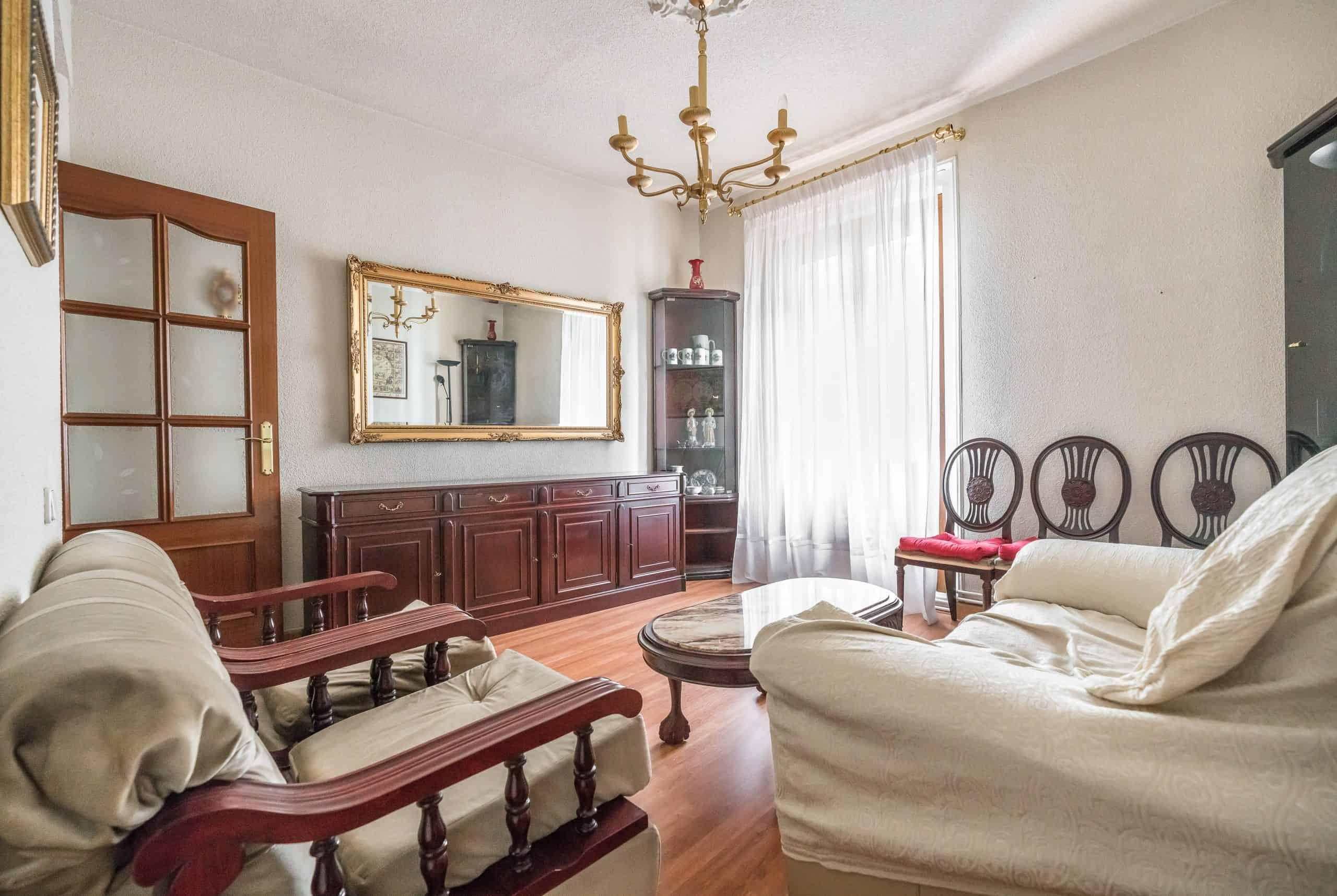 1 SALON (3) (Copy) Agencia Inmobiliaria de Madrid-FUTUROCASA-Zona ARGANZUELA-