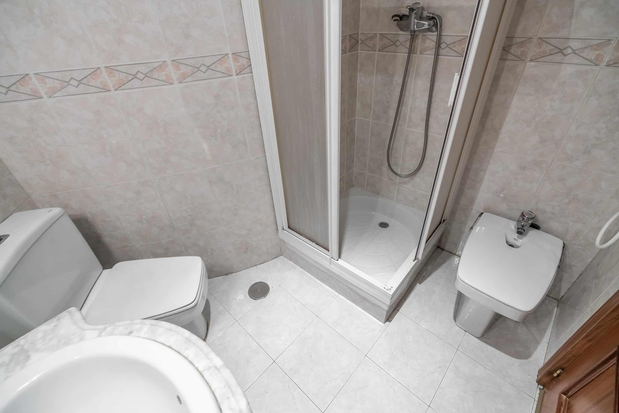 4 BAÑO1 (5) (Copy) Agencia Inmobiliaria de Madrid-FUTUROCASA-Zona ARGANZUELA-