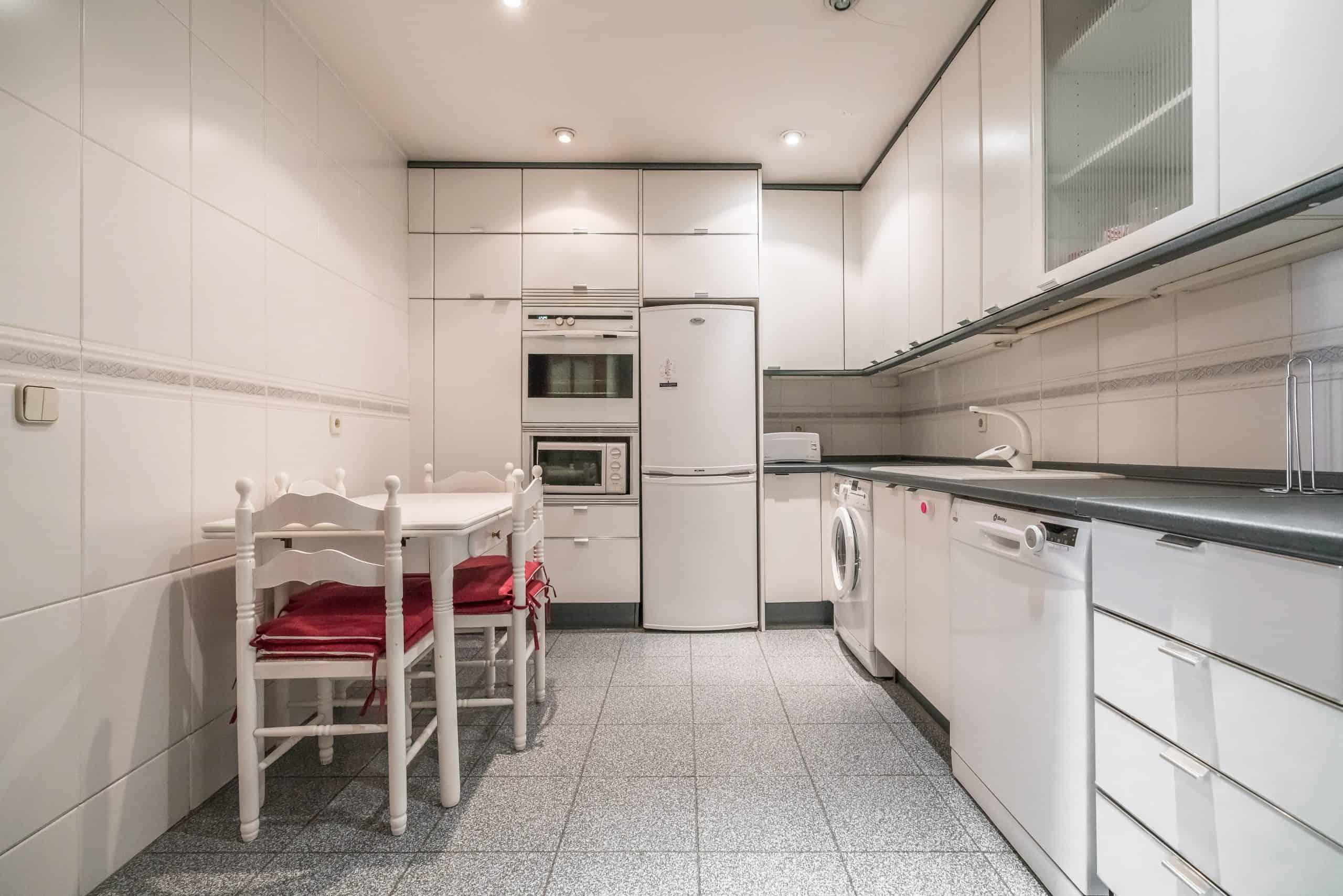 6 COCINA (7) (Copy) Agencia Inmobiliaria de Madrid-FUTUROCASA-Zona ARGANZUELA-