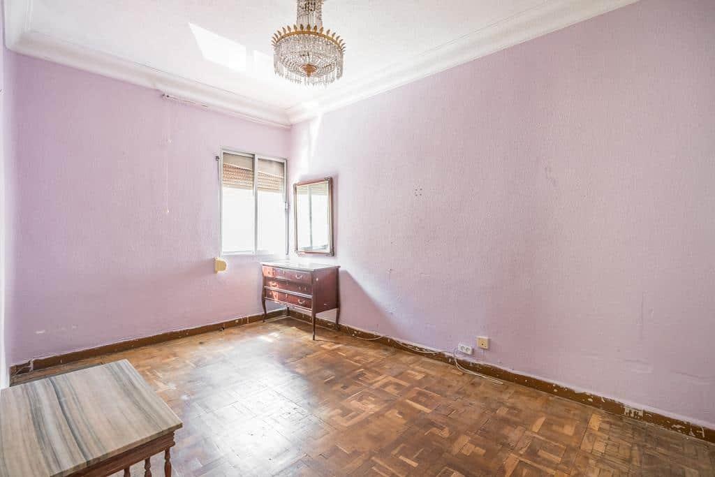 Agencia Inmobiliaria de Madrid-FUTUROCASA-Zona ARGANZUELA-EMBAJADORES-LEGAZPI2 DORMITORIO1 (1)