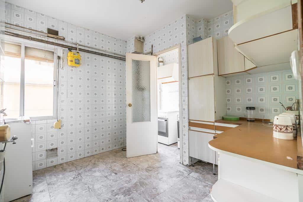 Agencia Inmobiliaria de Madrid-FUTUROCASA-Zona ARGANZUELA-EMBAJADORES-LEGAZPI7 COCINA (1)