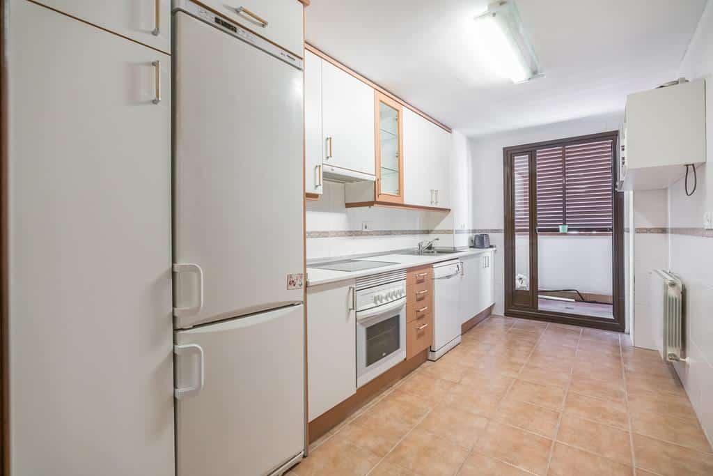 FUTUROCASA-Agencia Inmobiliaria de Madrid-Zona ARGANZUELA-cocina - copia