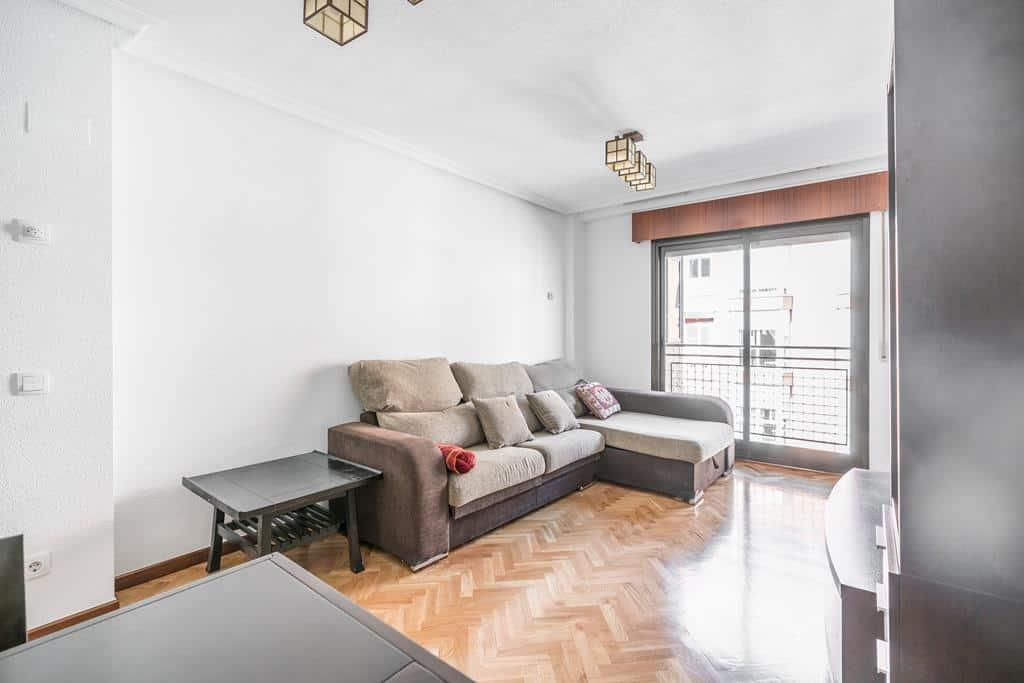 FUTUROCASA-Agencia Inmobiliaria de Madrid-Zona ARGANZUELA-salon 2