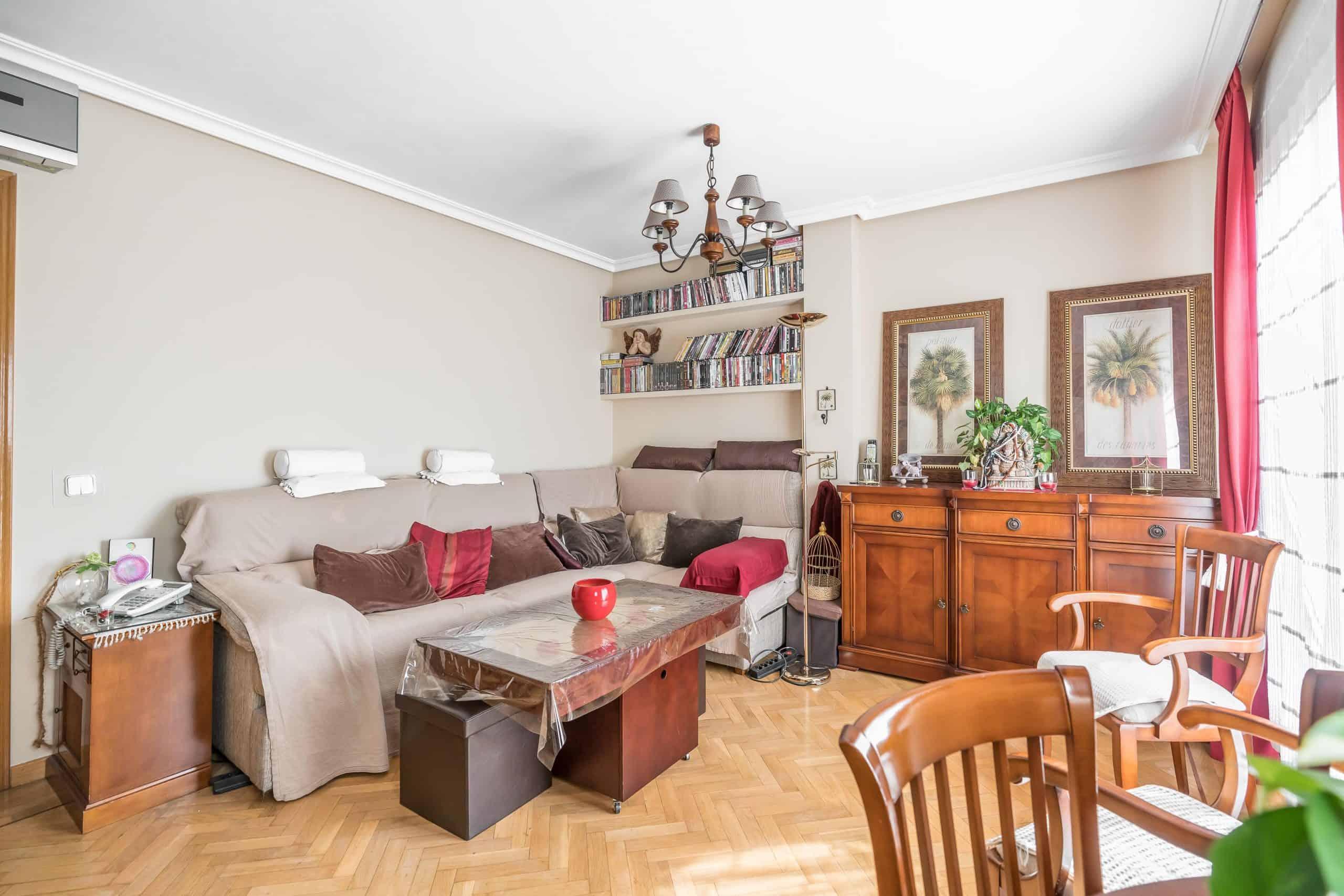 Agencia Inmobiliaria de Madrid-FUTUROCASA-Zona ARGANZUELA-EMBAJADORES-LEGAZPI1 SALON (3)