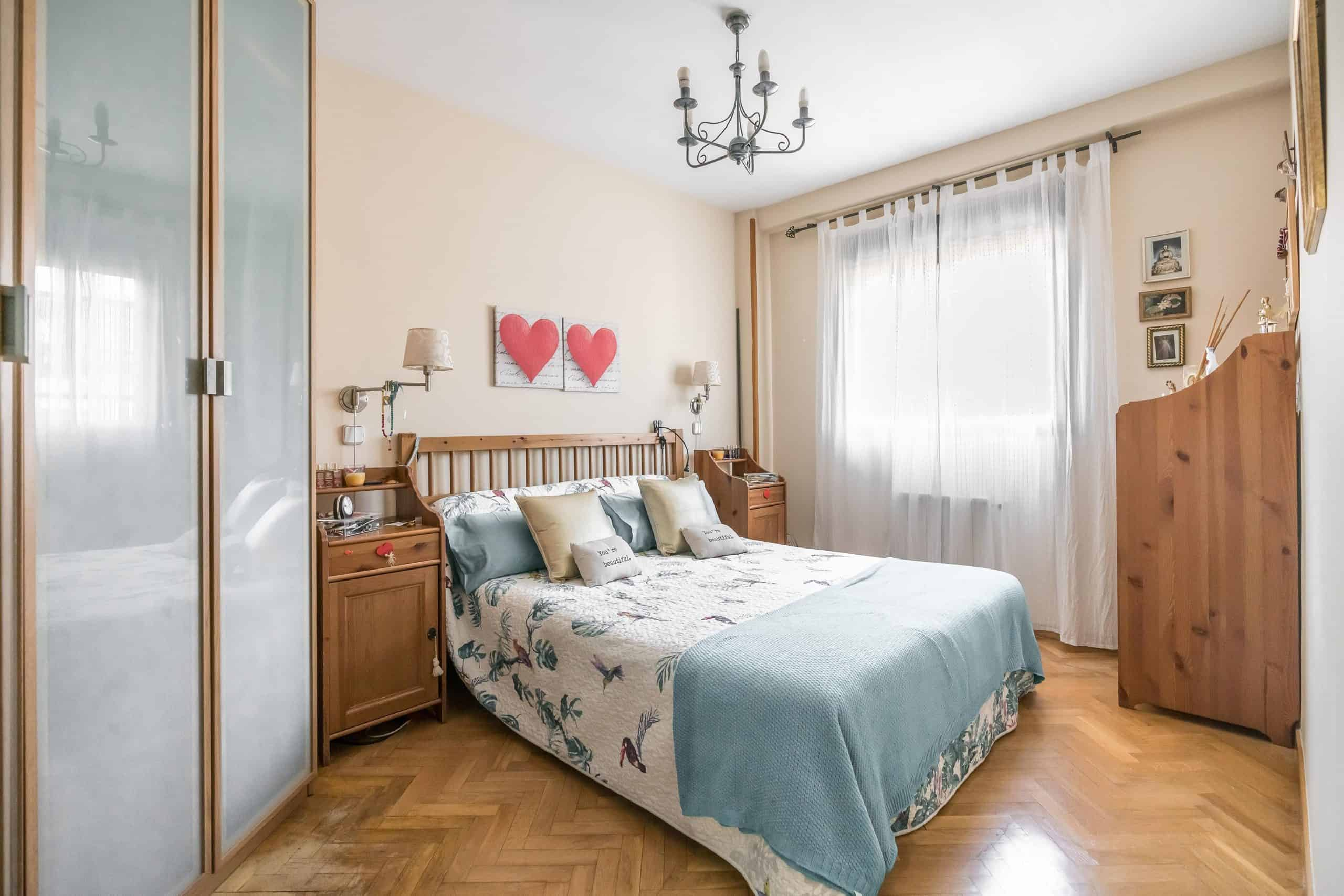 Agencia Inmobiliaria de Madrid-FUTUROCASA-Zona ARGANZUELA-EMBAJADORES-LEGAZPI2 DORMITORIO 1 (1)