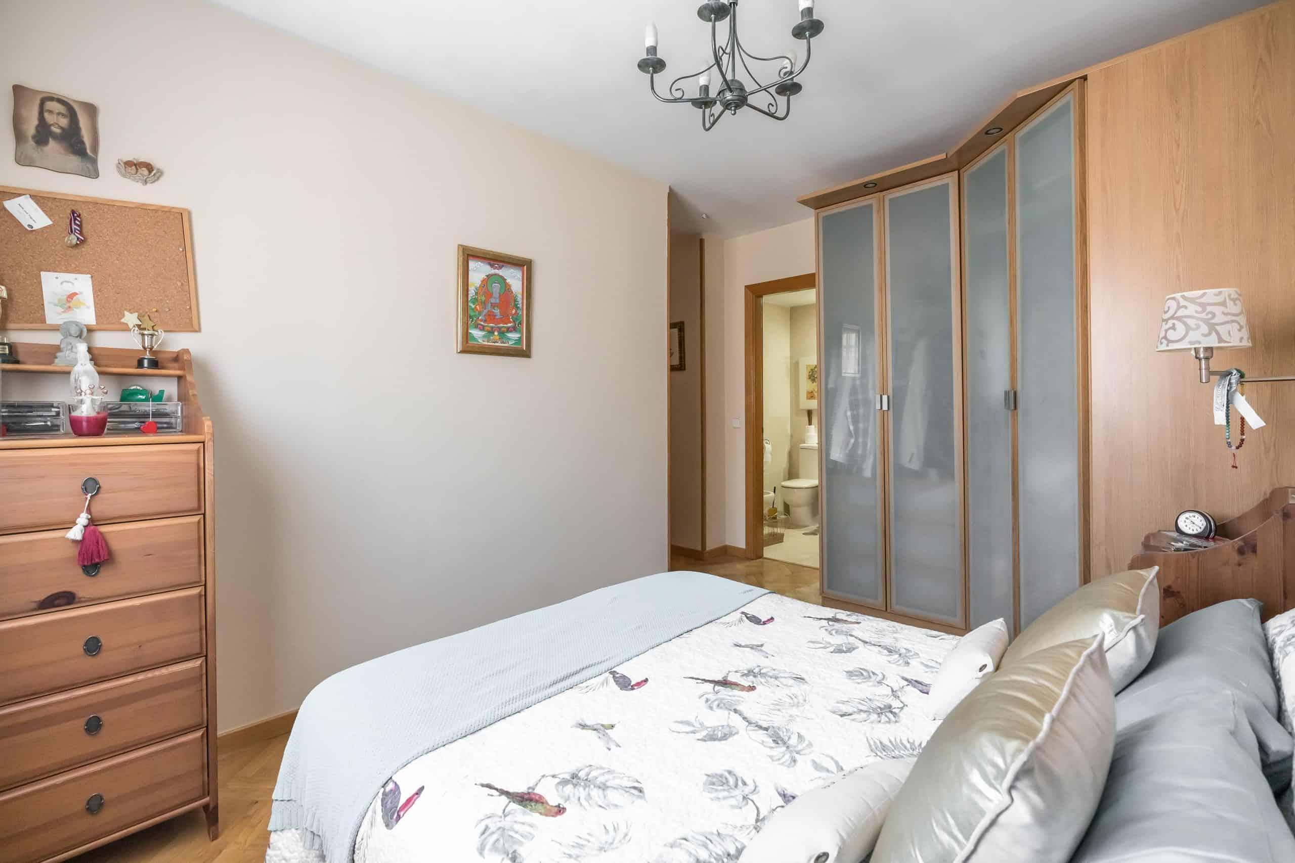 Agencia Inmobiliaria de Madrid-FUTUROCASA-Zona ARGANZUELA-EMBAJADORES-LEGAZPI2 DORMITORIO 1 (2)
