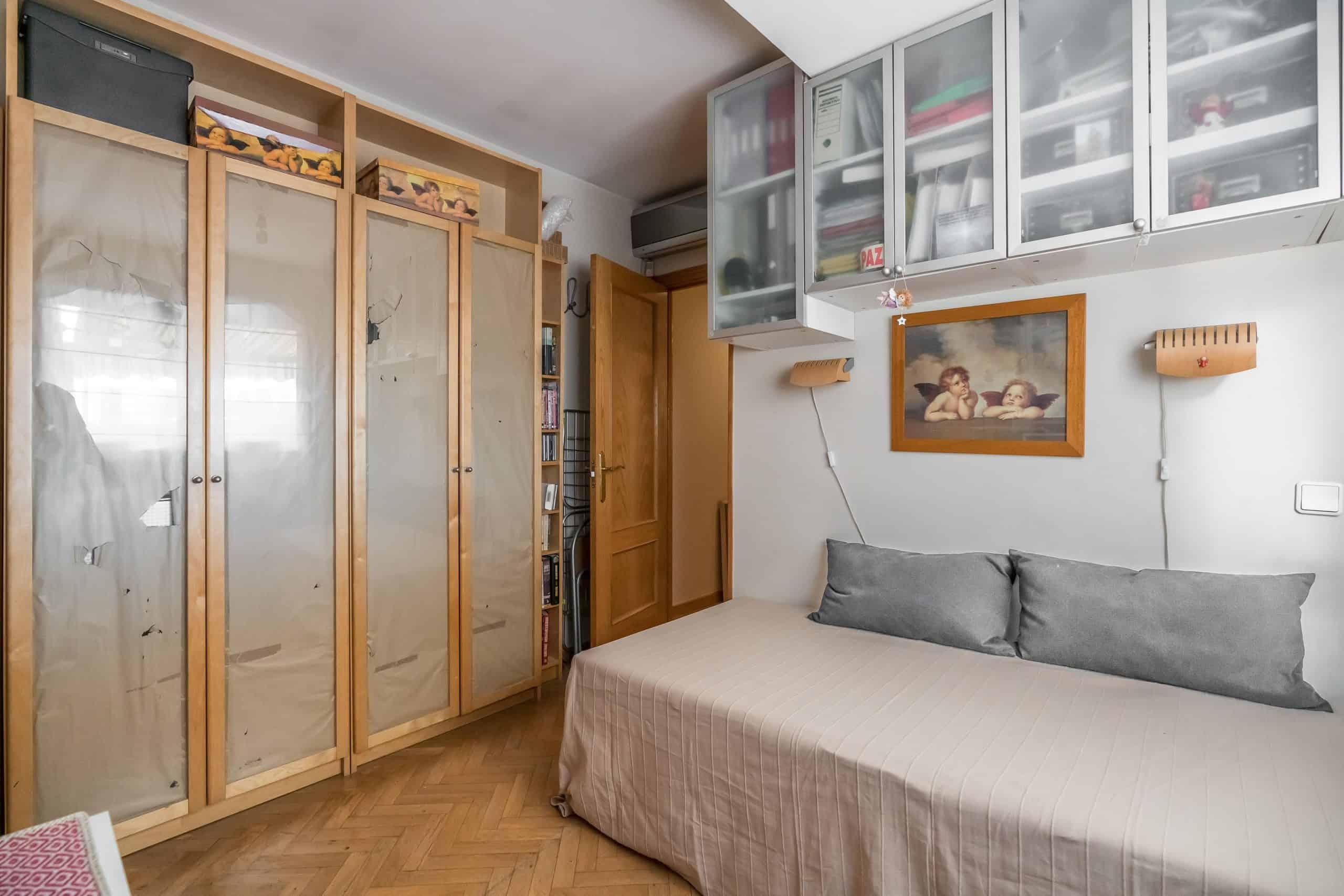 Agencia Inmobiliaria de Madrid-FUTUROCASA-Zona ARGANZUELA-EMBAJADORES-LEGAZPI2 DORMITORIO 4 (1)