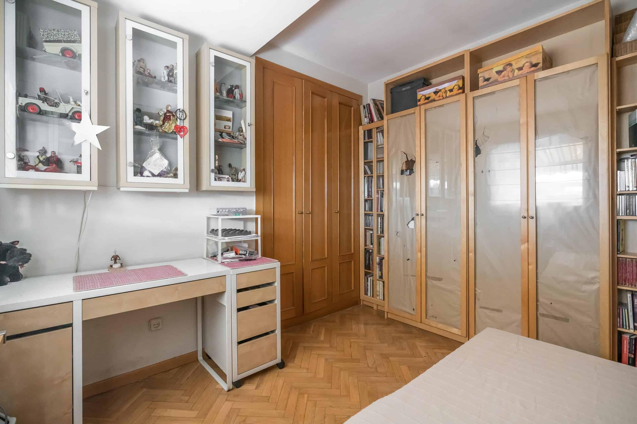 Agencia Inmobiliaria de Madrid-FUTUROCASA-Zona ARGANZUELA-EMBAJADORES-LEGAZPI2 DORMITORIO 4 (2)